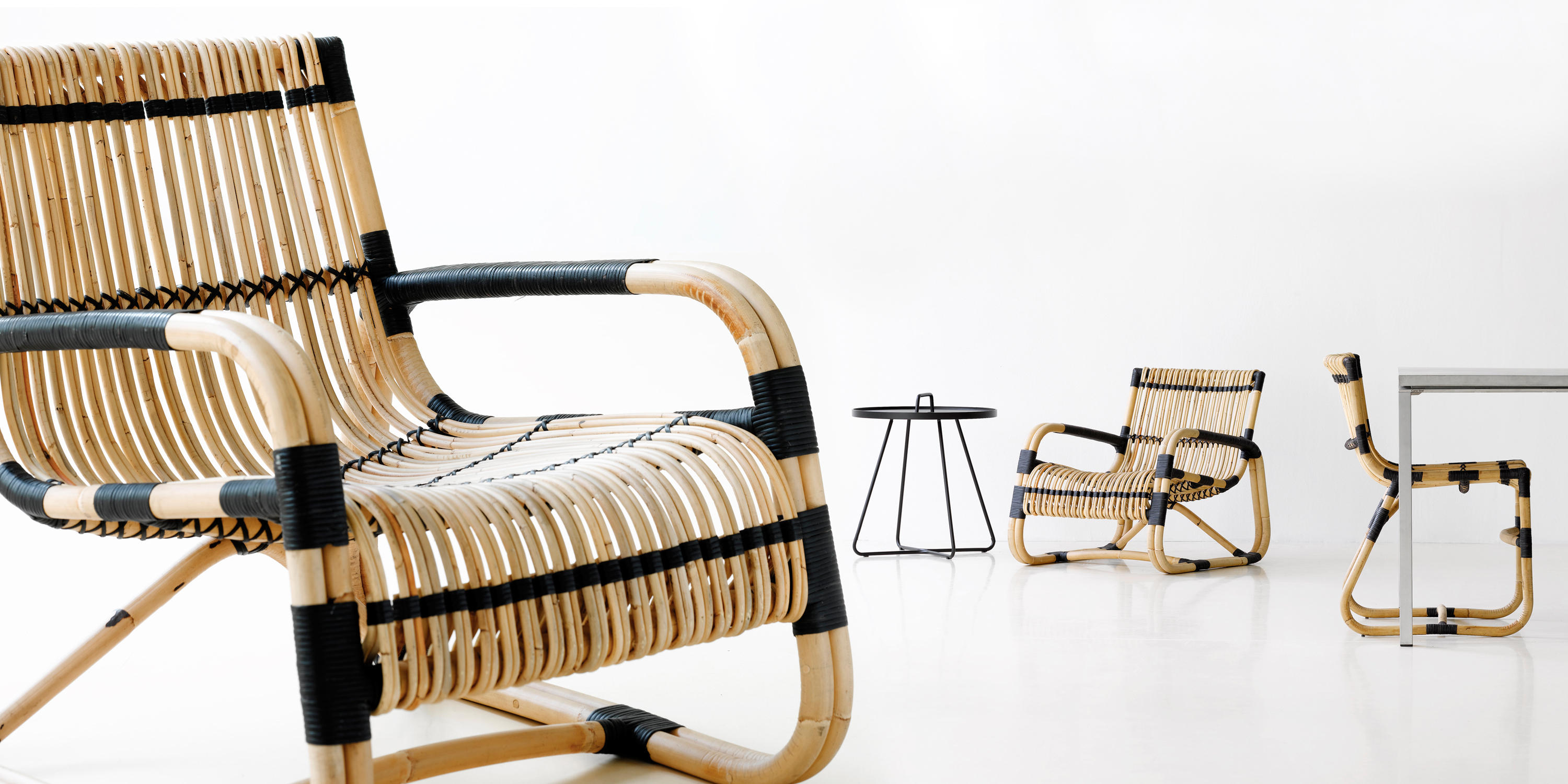 ... Curve Lounge Chair By Cane Line ...