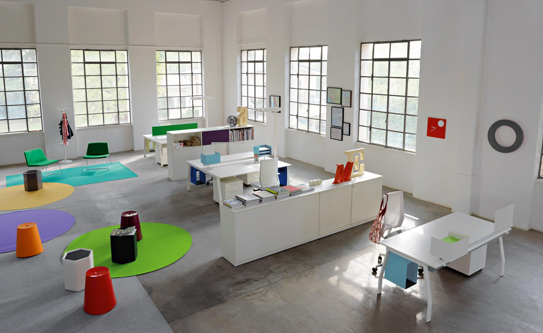 Ten up executive individual desks from sinetica for Ufficio architetto design