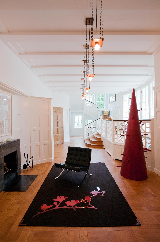 red flower formatteppiche designerteppiche von ruckstuhl architonic. Black Bedroom Furniture Sets. Home Design Ideas