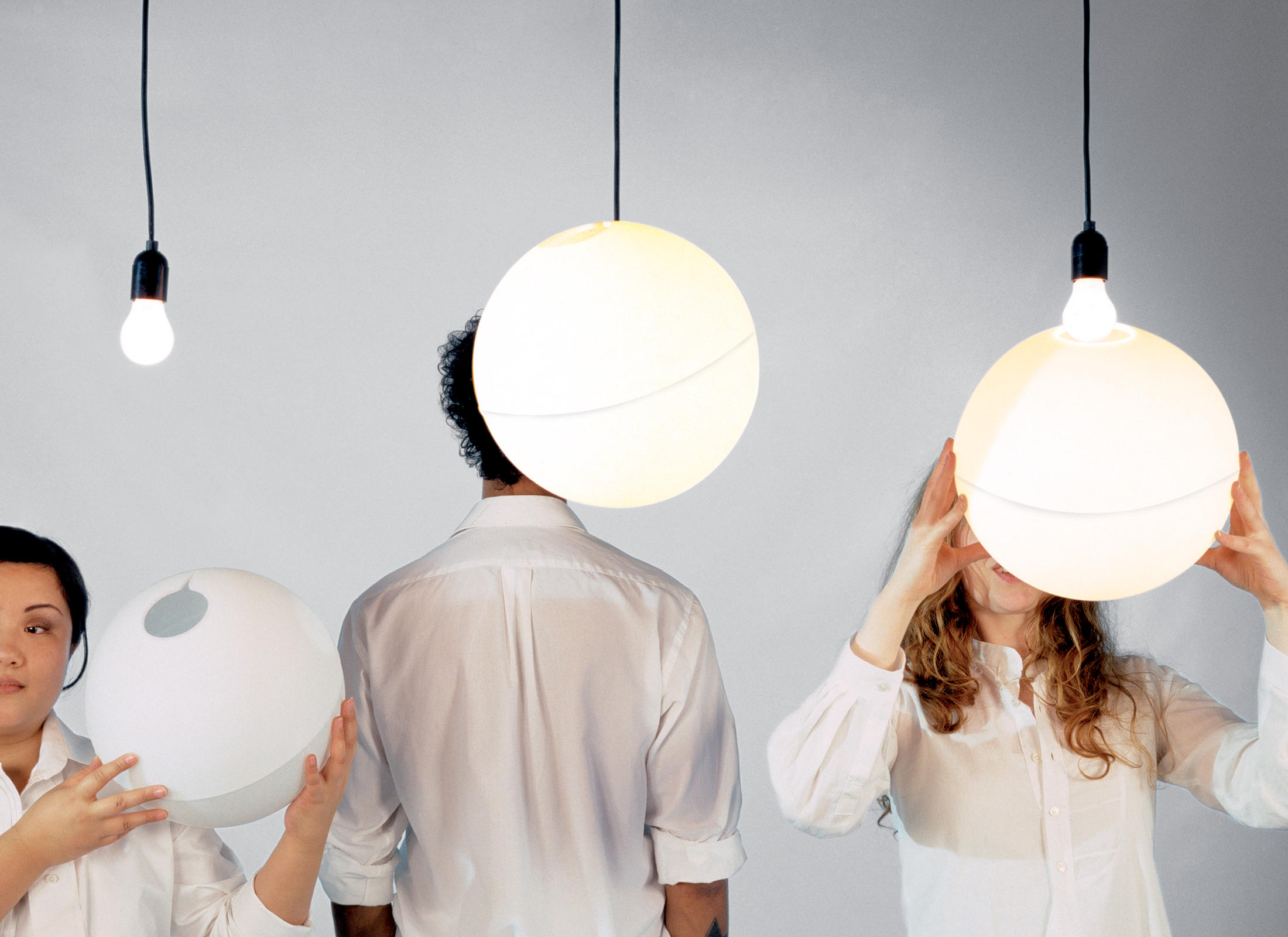 HANG ON EASY - Suspended Lights From Droog