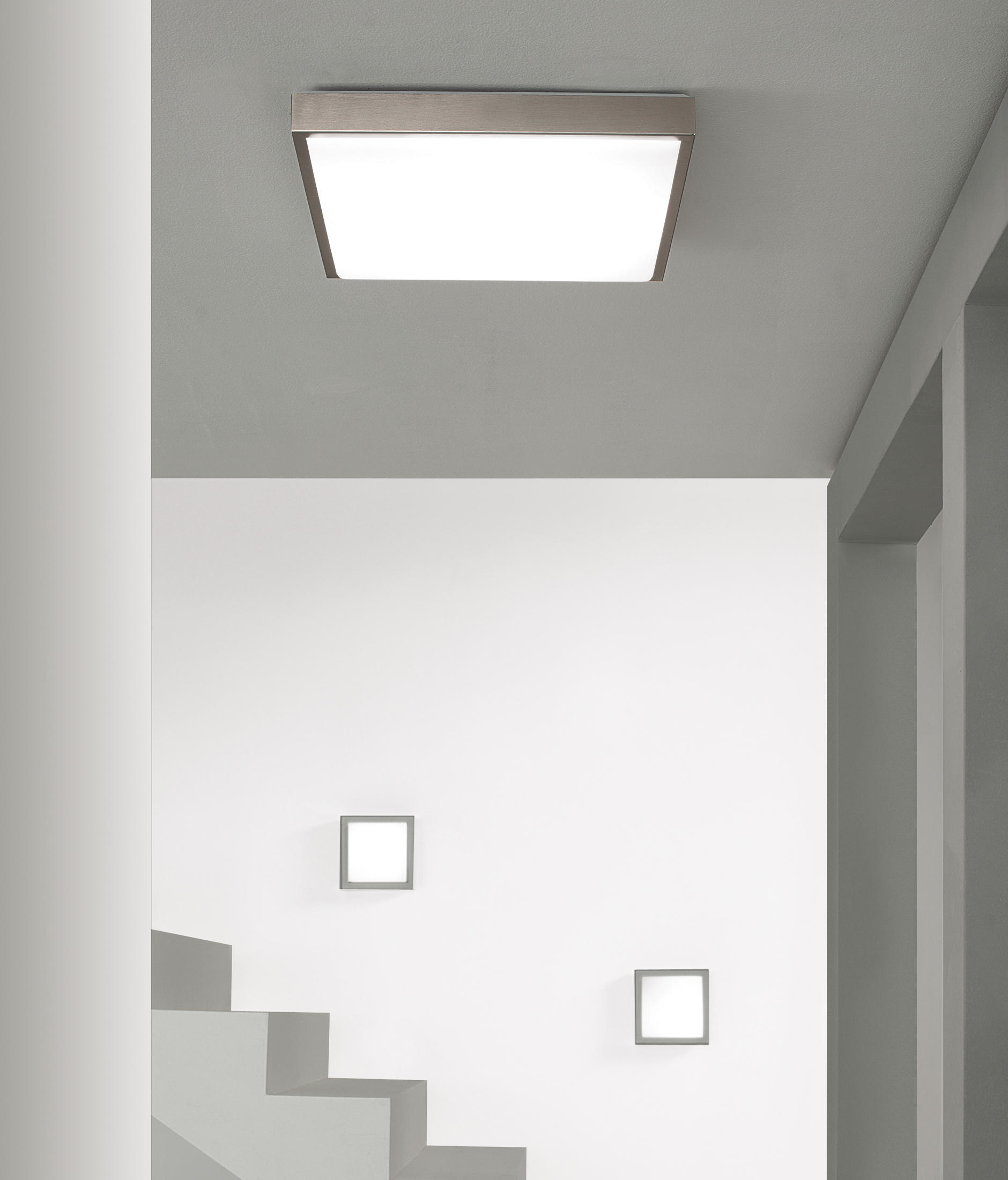 Flat-Q Wall light by LUCENTE ...