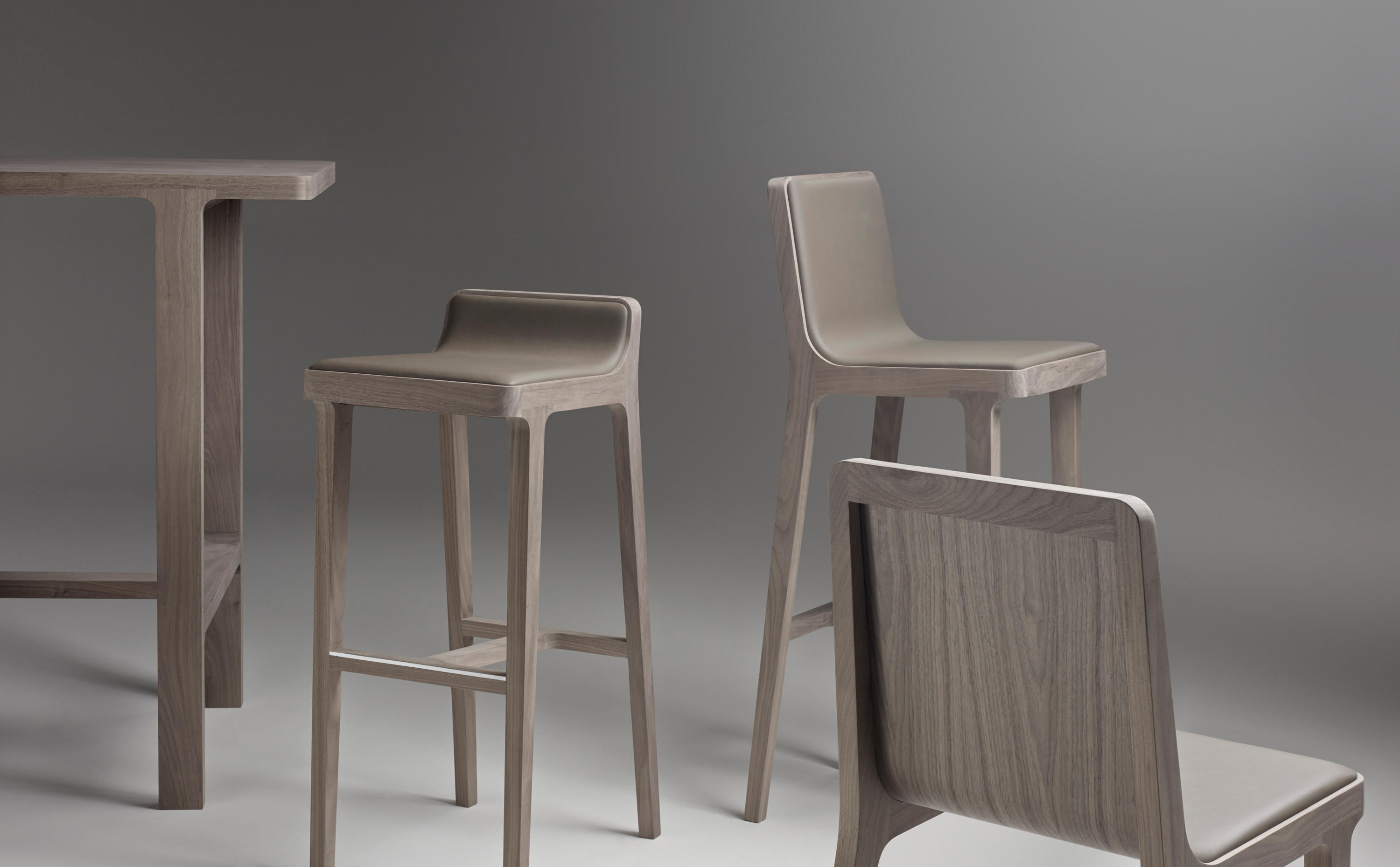 Emea Bar Table Dining Tables From Alki Architonic