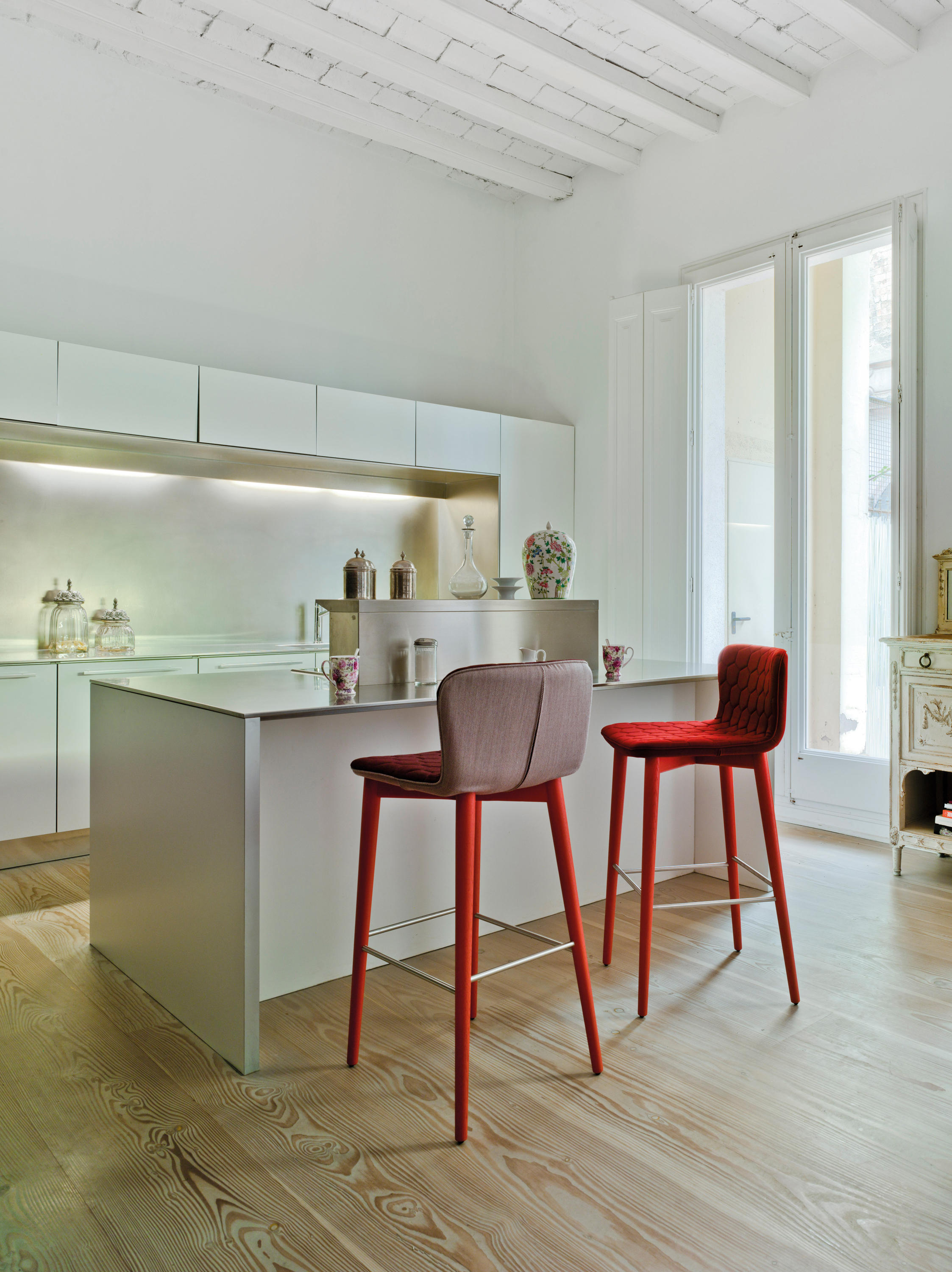 Tea Restaurant Chairs From Sancal Architonic