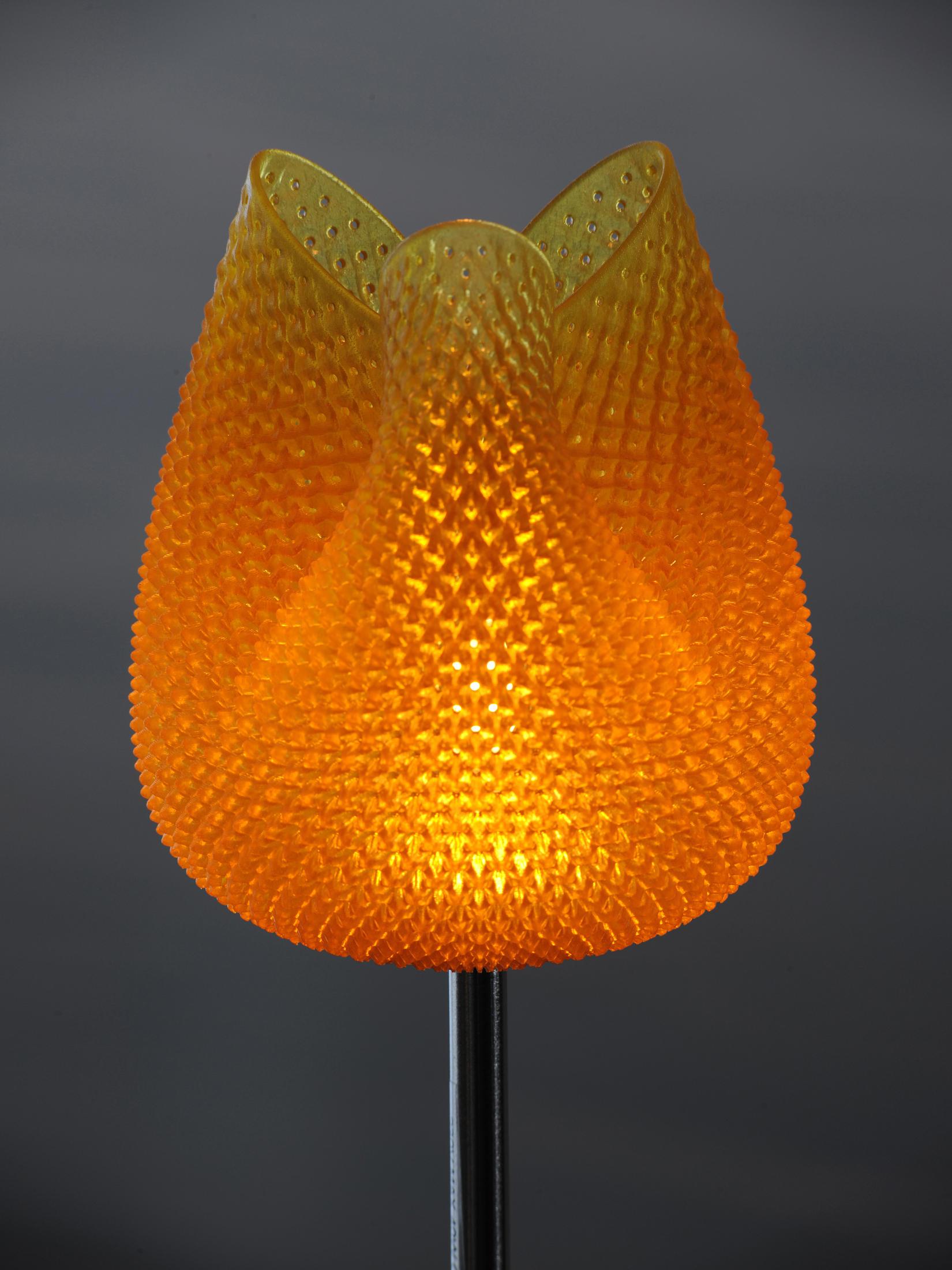 tulip style fine table spun imports htm p mod lamp
