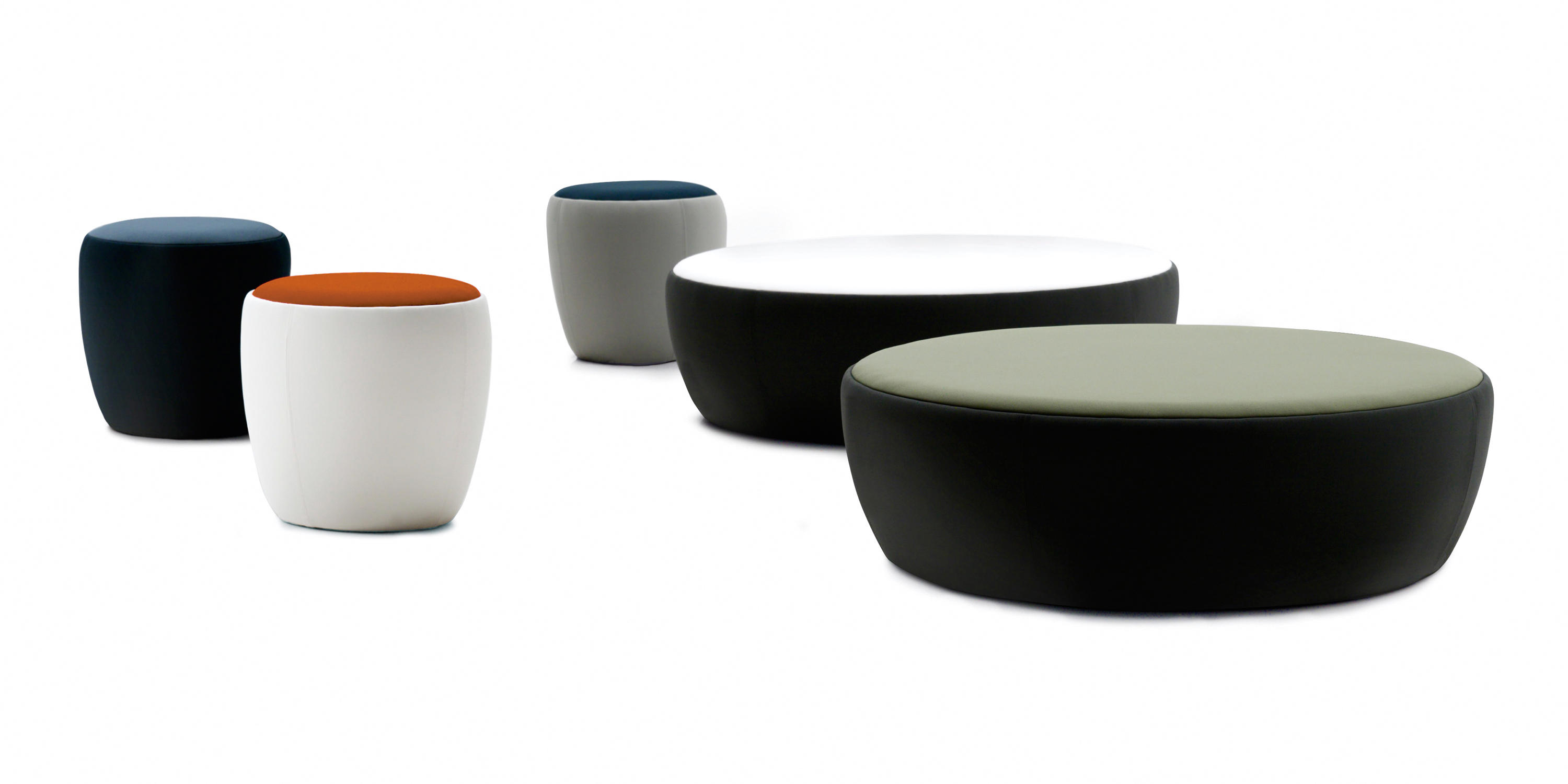 chat poufs de sancal architonic. Black Bedroom Furniture Sets. Home Design Ideas