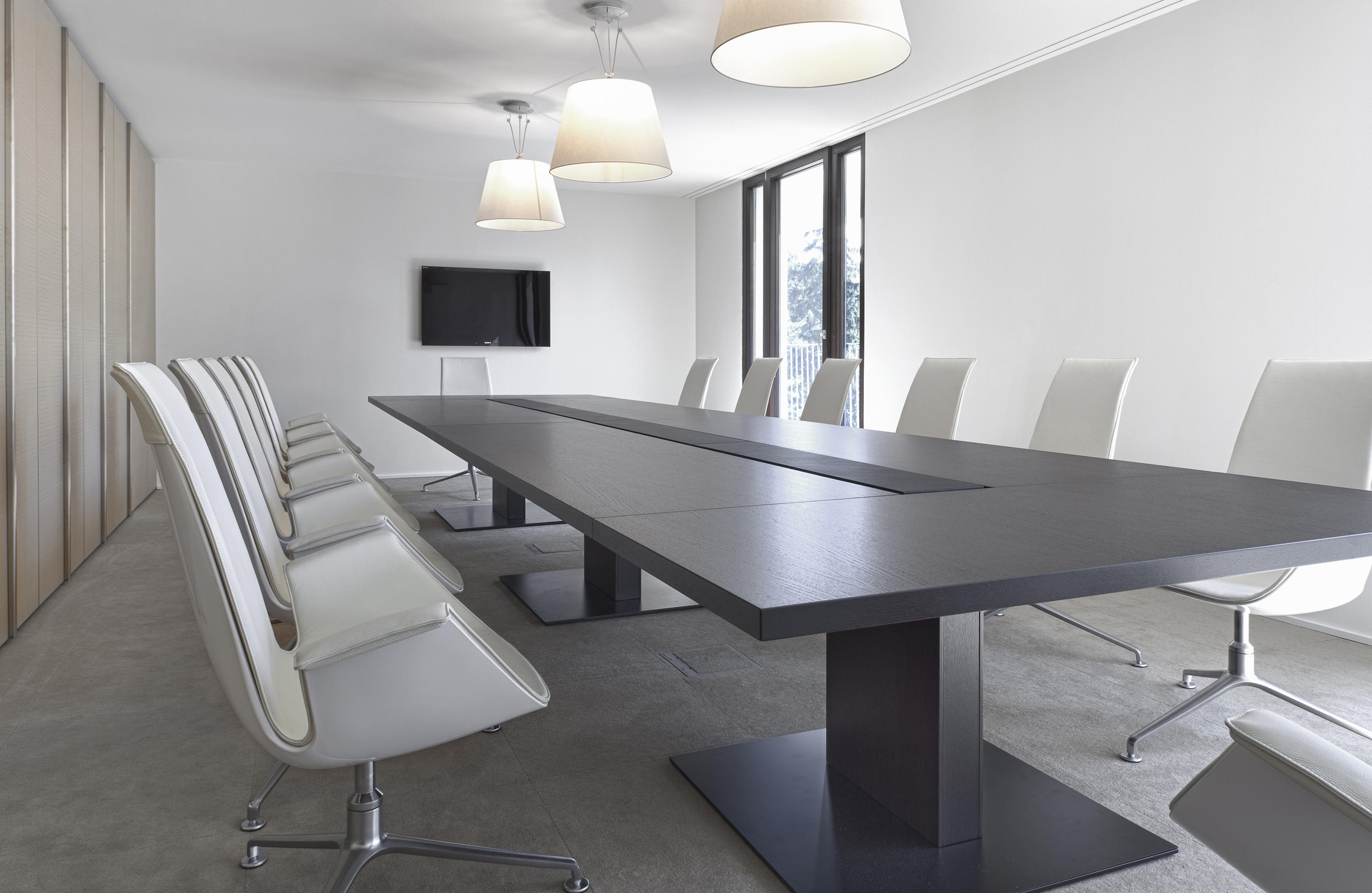 P2 Group Conference Contract Tables From Bene Architonic
