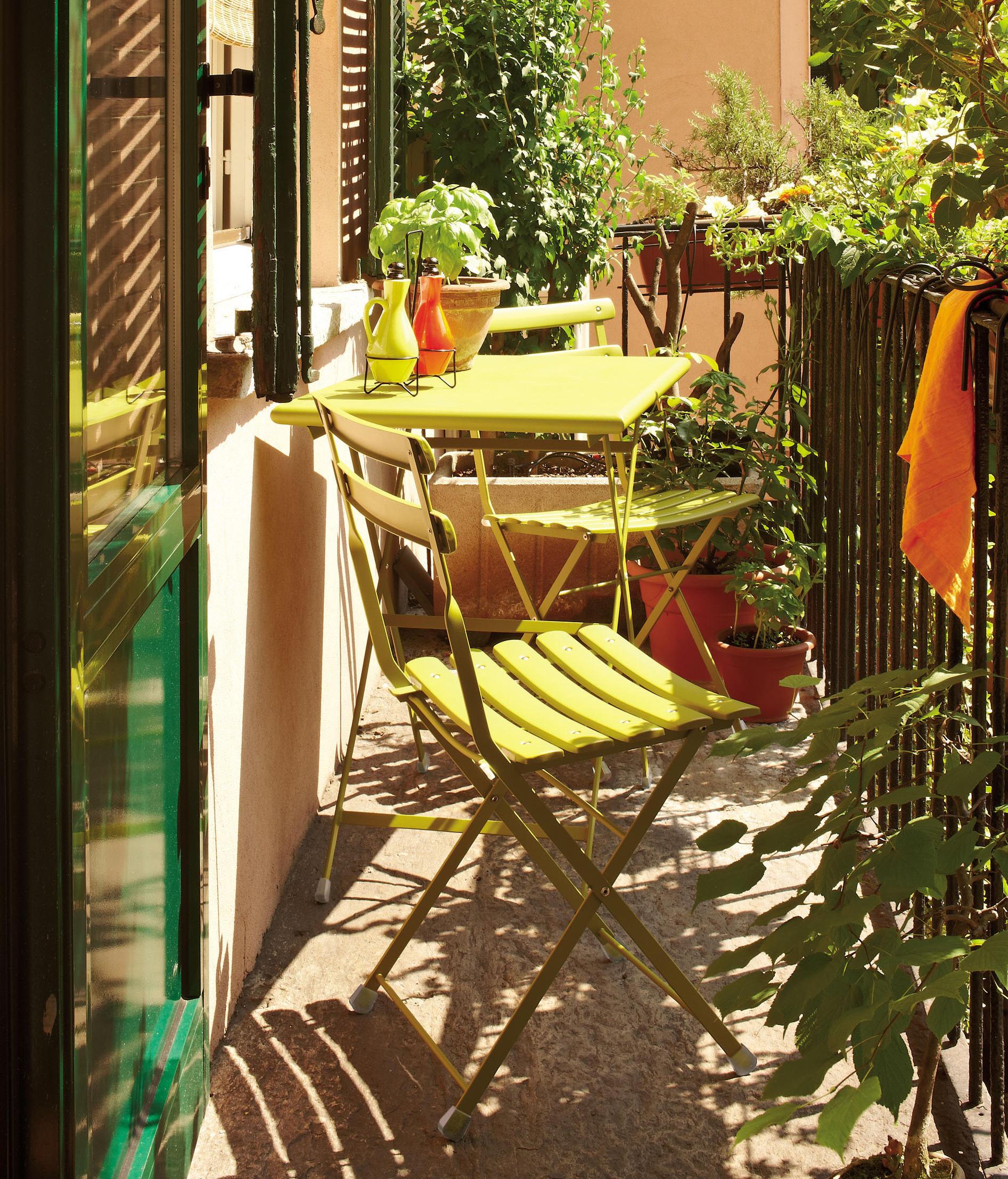 Обустройство открытых балконов для чаепития и легкого завтра.