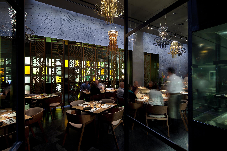 Merano Barstool Bar Stools From Ton Architonic
