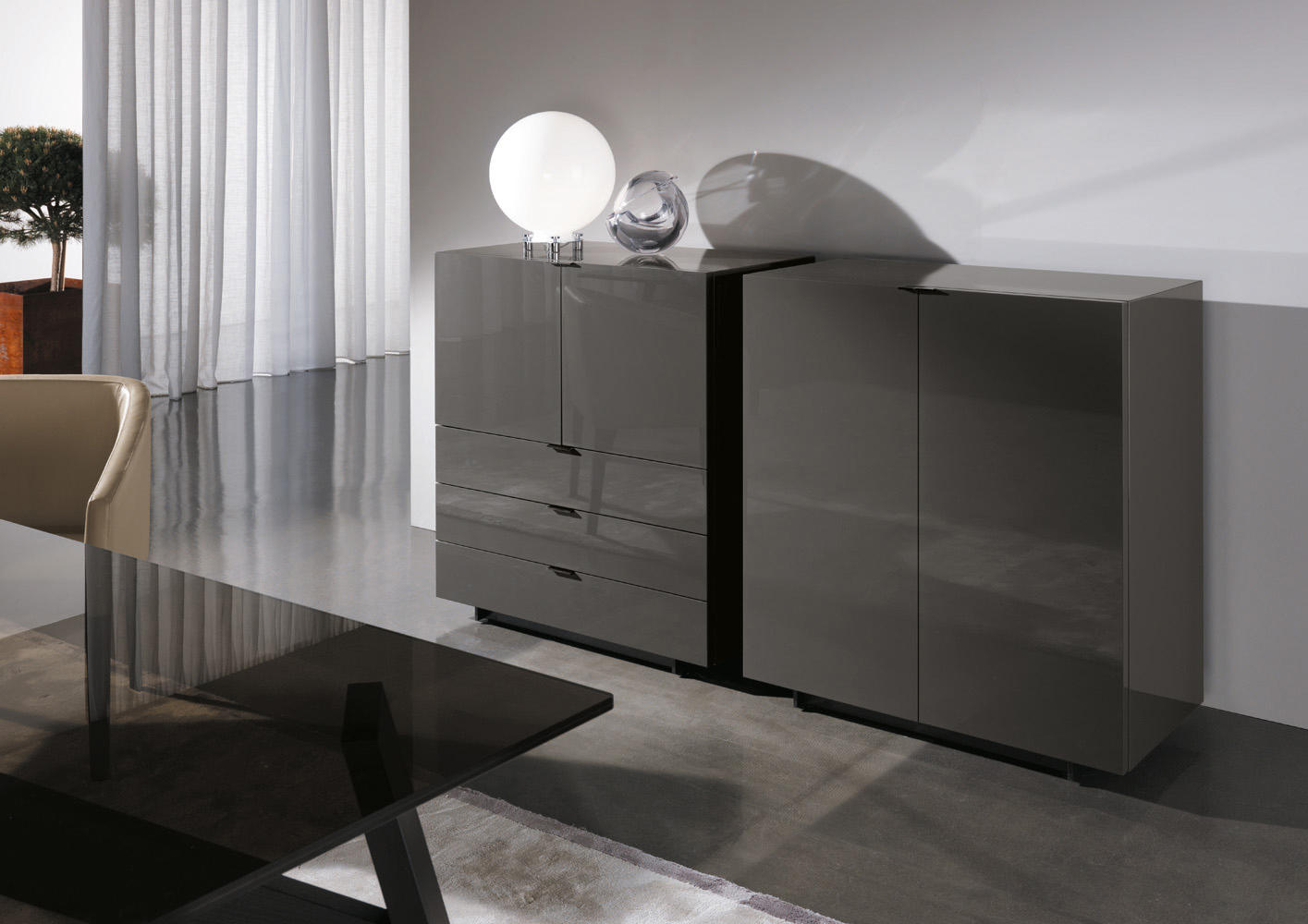 Harvey line sideboards kommoden von minotti architonic for Minotti arredamenti