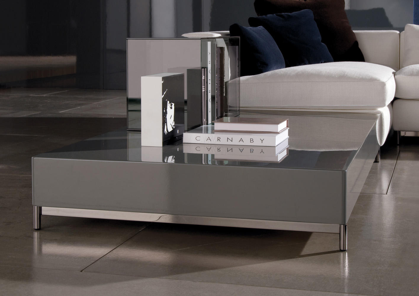 albers side table lounge tables from minotti architonic. Black Bedroom Furniture Sets. Home Design Ideas