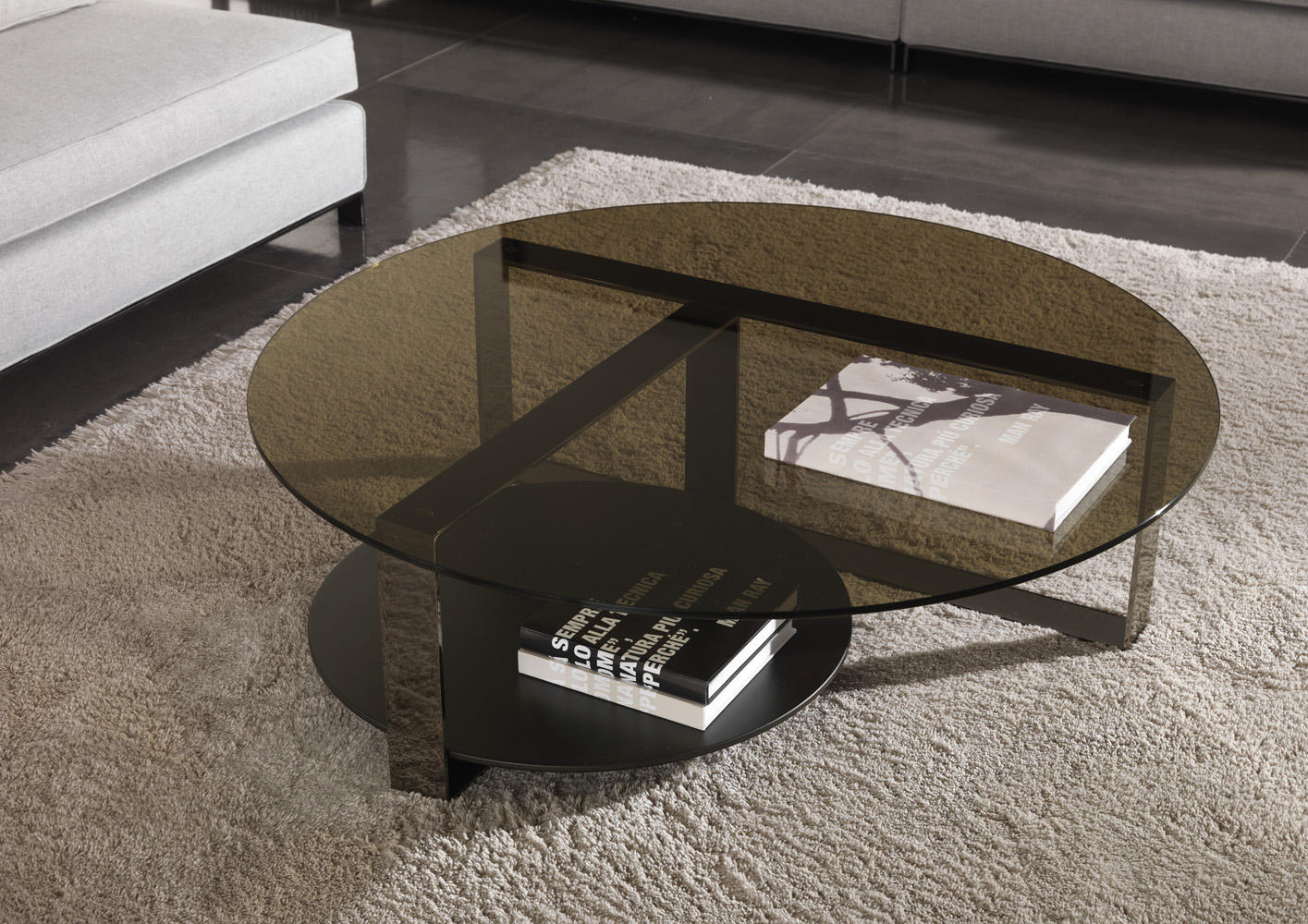 bresson lounge tables from minotti architonic. Black Bedroom Furniture Sets. Home Design Ideas