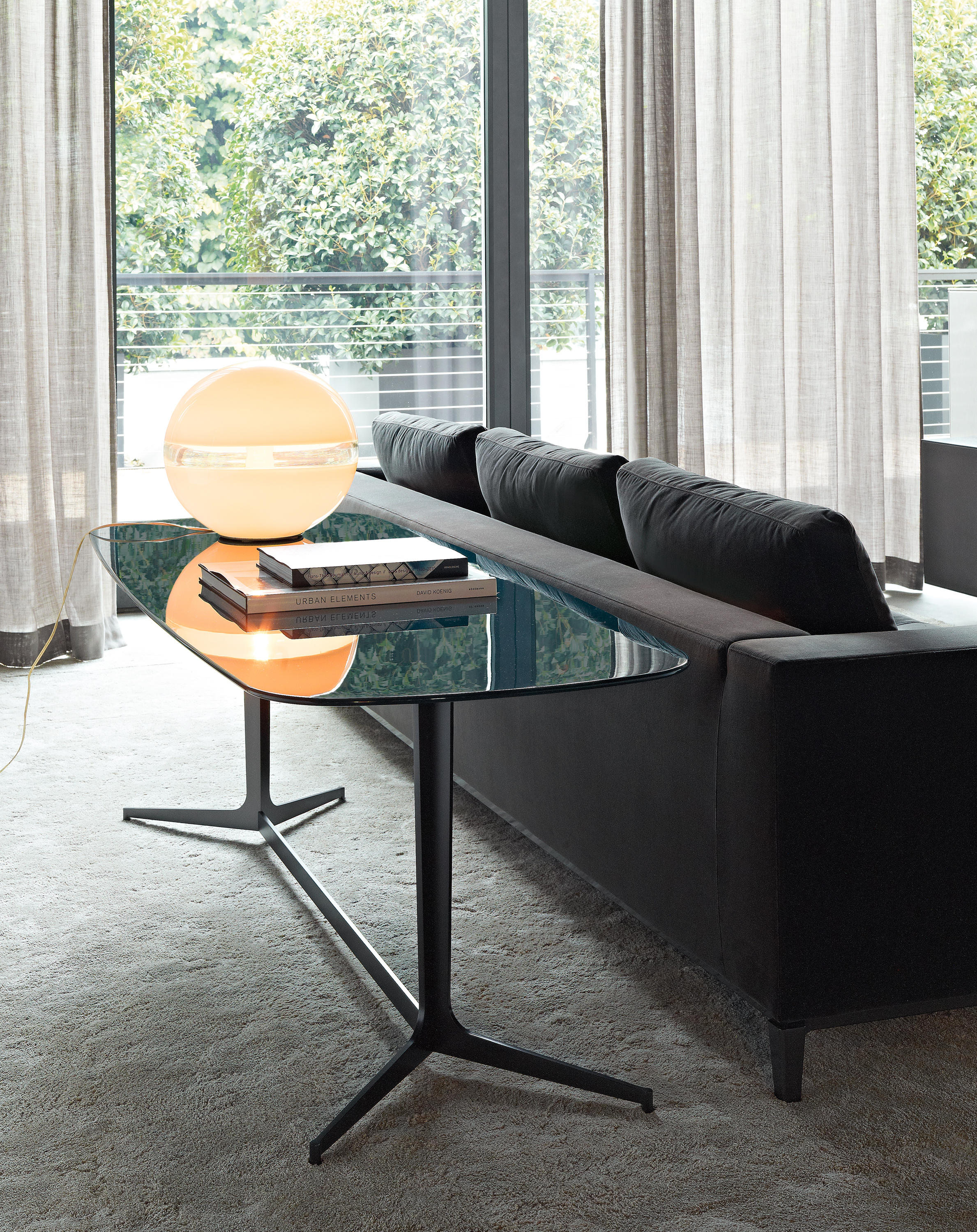 Clyfford Console Tables From Minotti Architonic