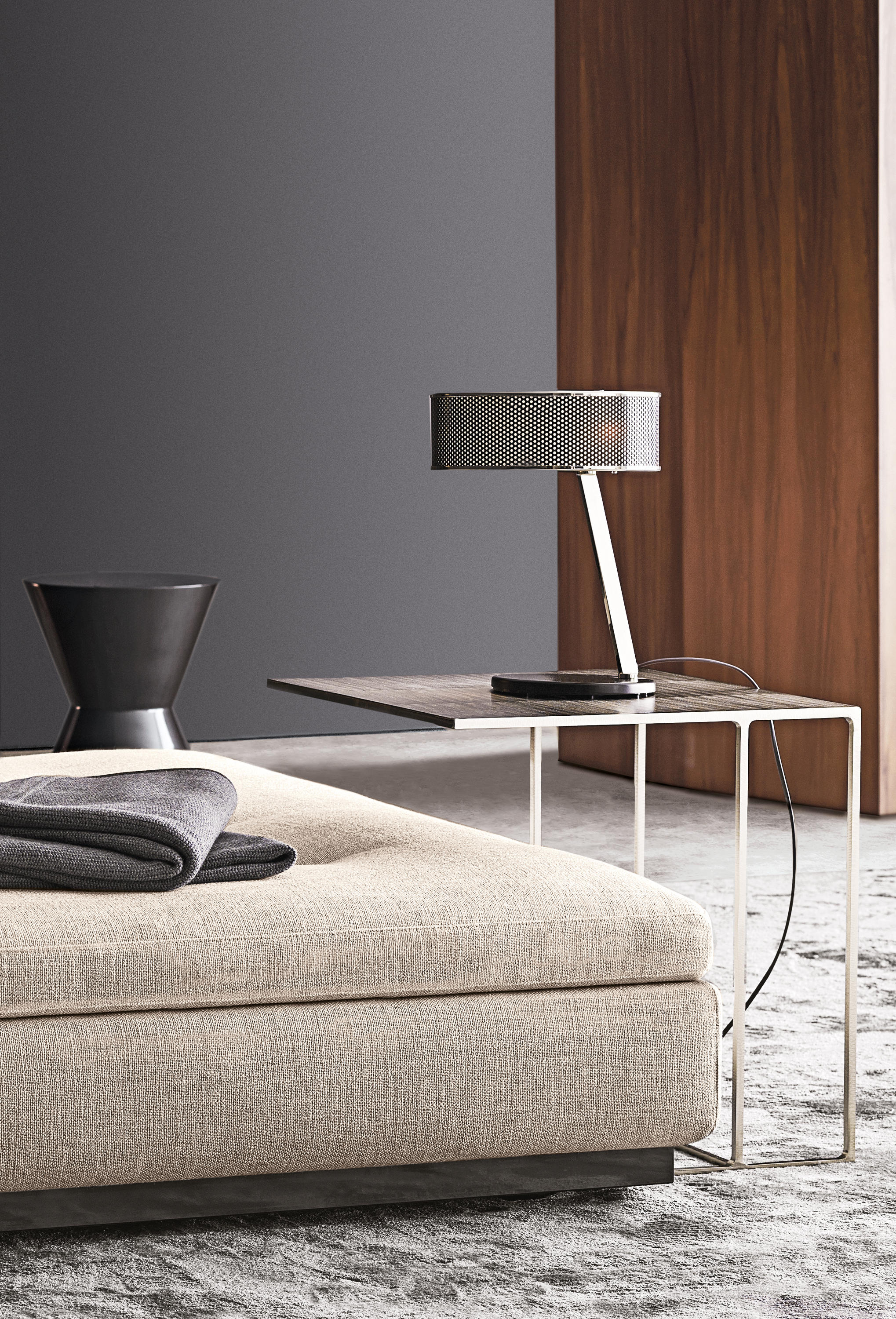 Leger Side Tables From Minotti Architonic