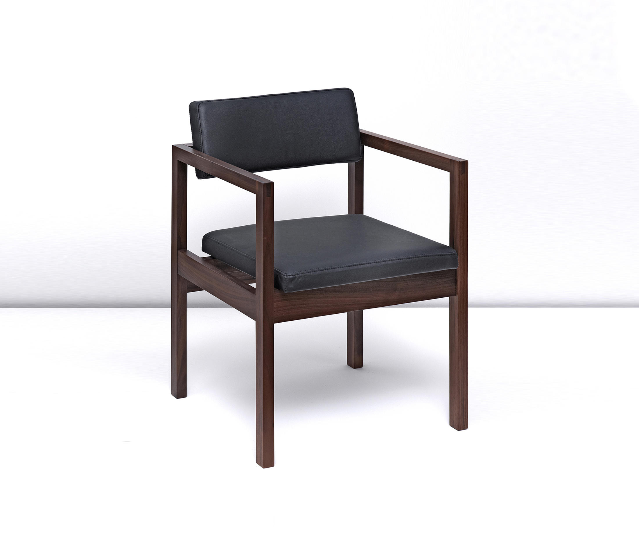 West Street Chair Chairs From Case Furniture Architonic