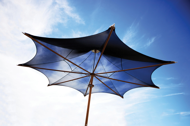 Plantation max classic parasols from tuuci architonic for Architecture upbrella