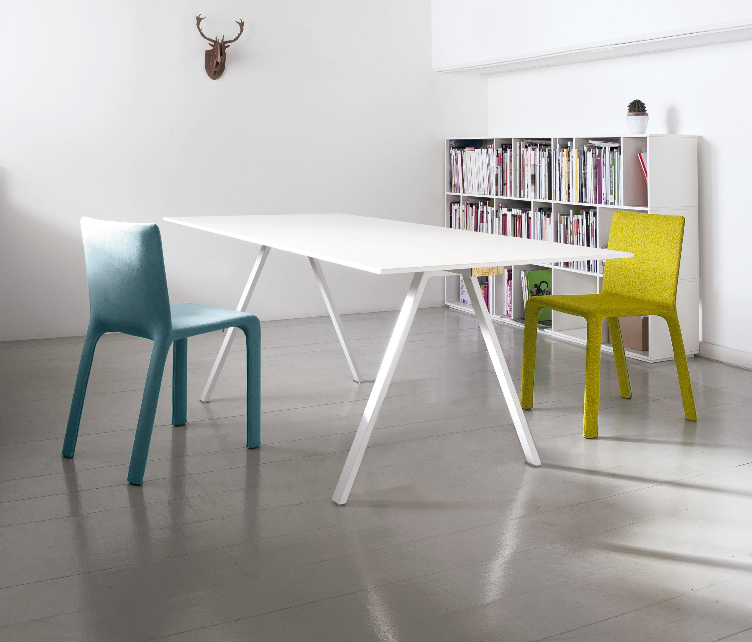 Neat Table By Kristalia ...