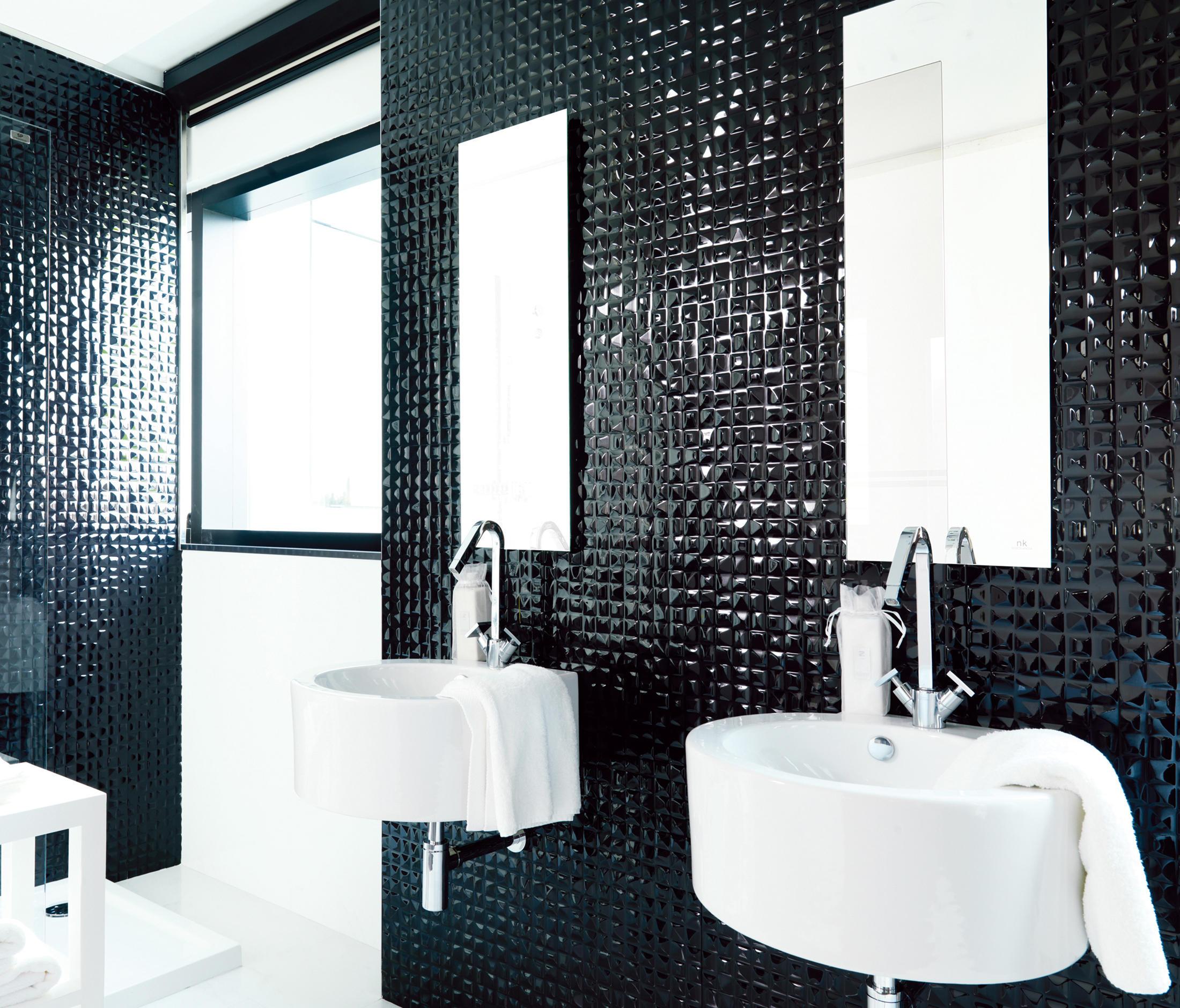 Black and white tile bathroom