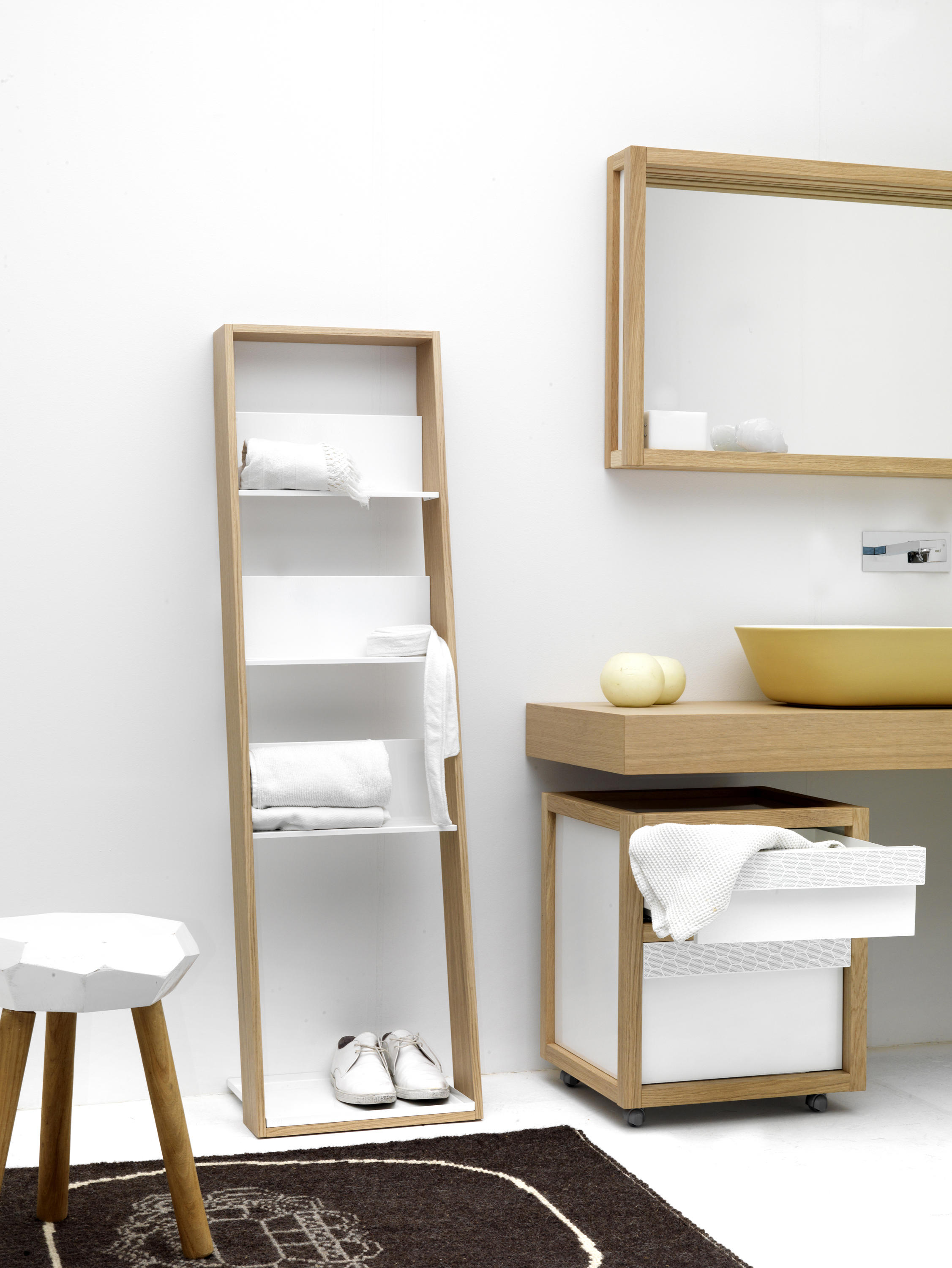 Storage Lean Tall Bath Shelving From Ex T Architonic