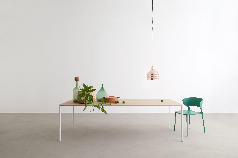 ... 25 Table By Desalto ...