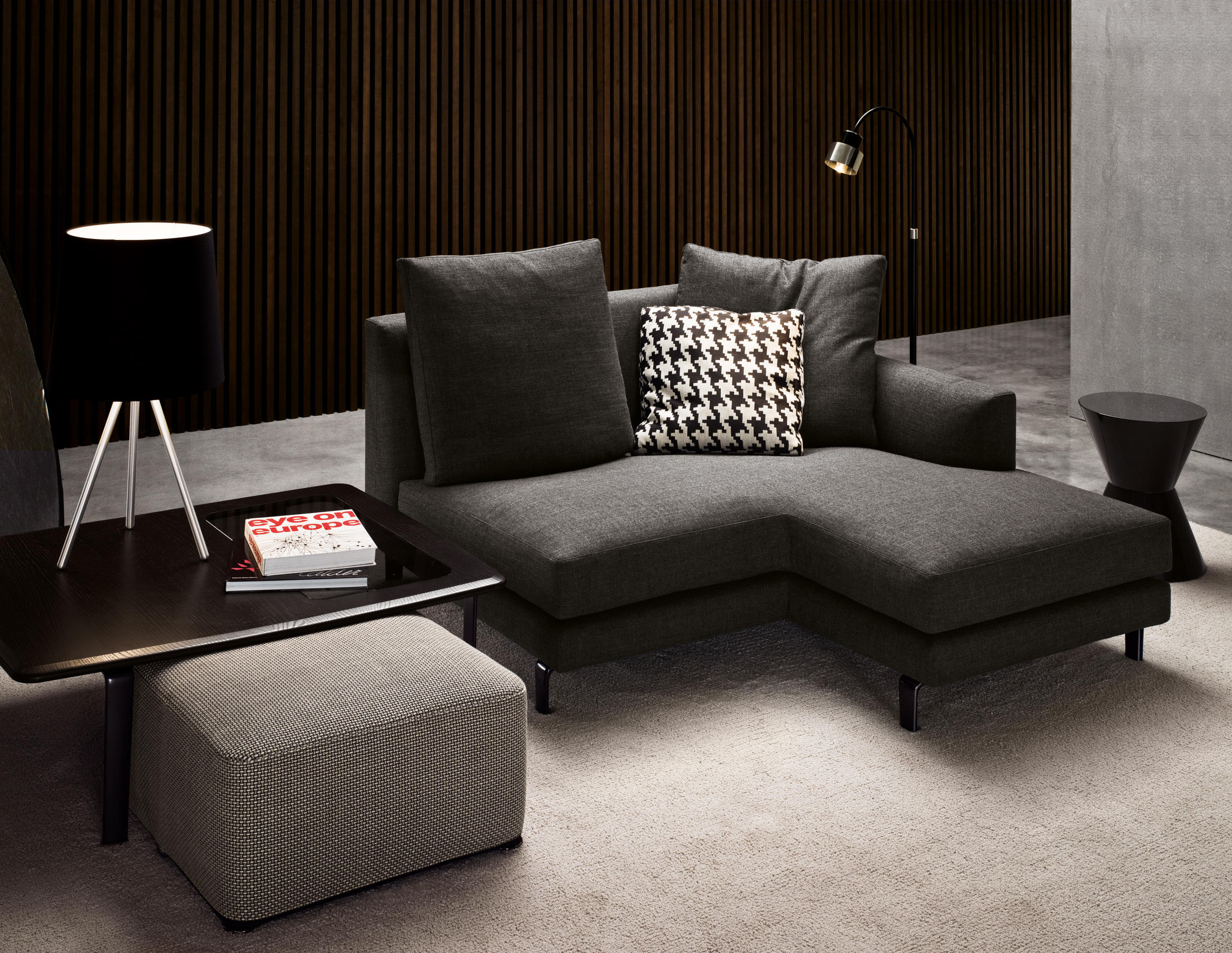 minotti sofa preisliste. Black Bedroom Furniture Sets. Home Design Ideas