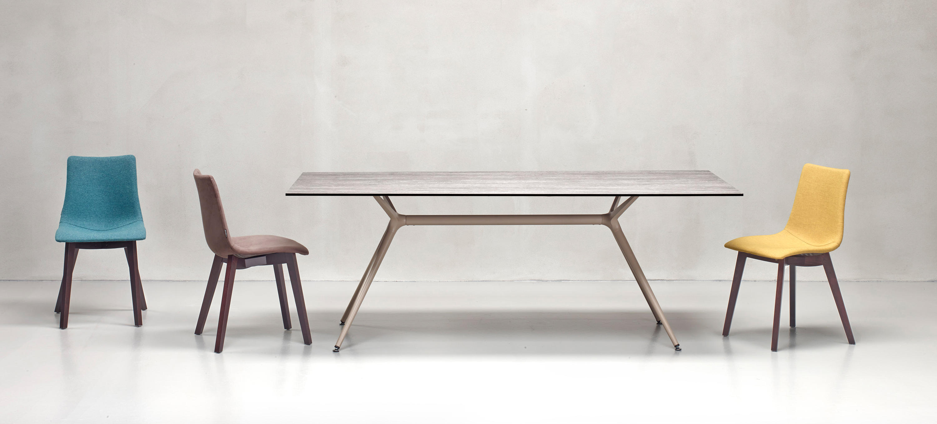 metropolis xl dining tables from scab design architonic