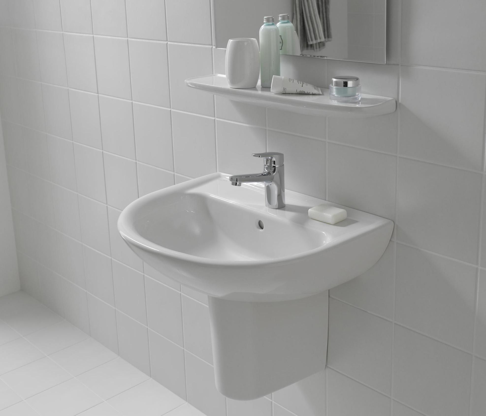 laufen pro b small washbasin wash basins from laufen architonic. Black Bedroom Furniture Sets. Home Design Ideas