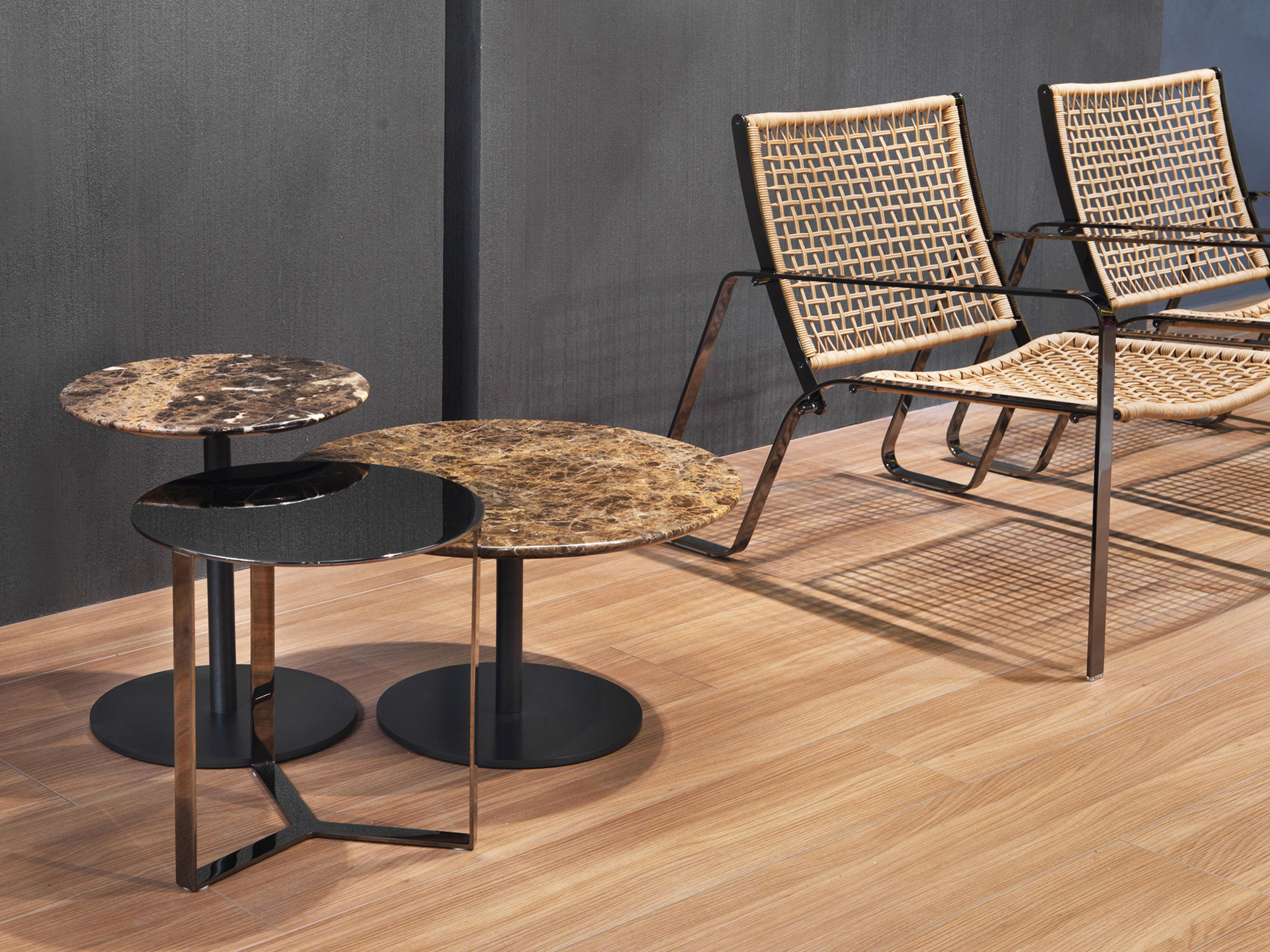BREAKFAST COFFEE TABLES Lounge tables from Giulio Marelli
