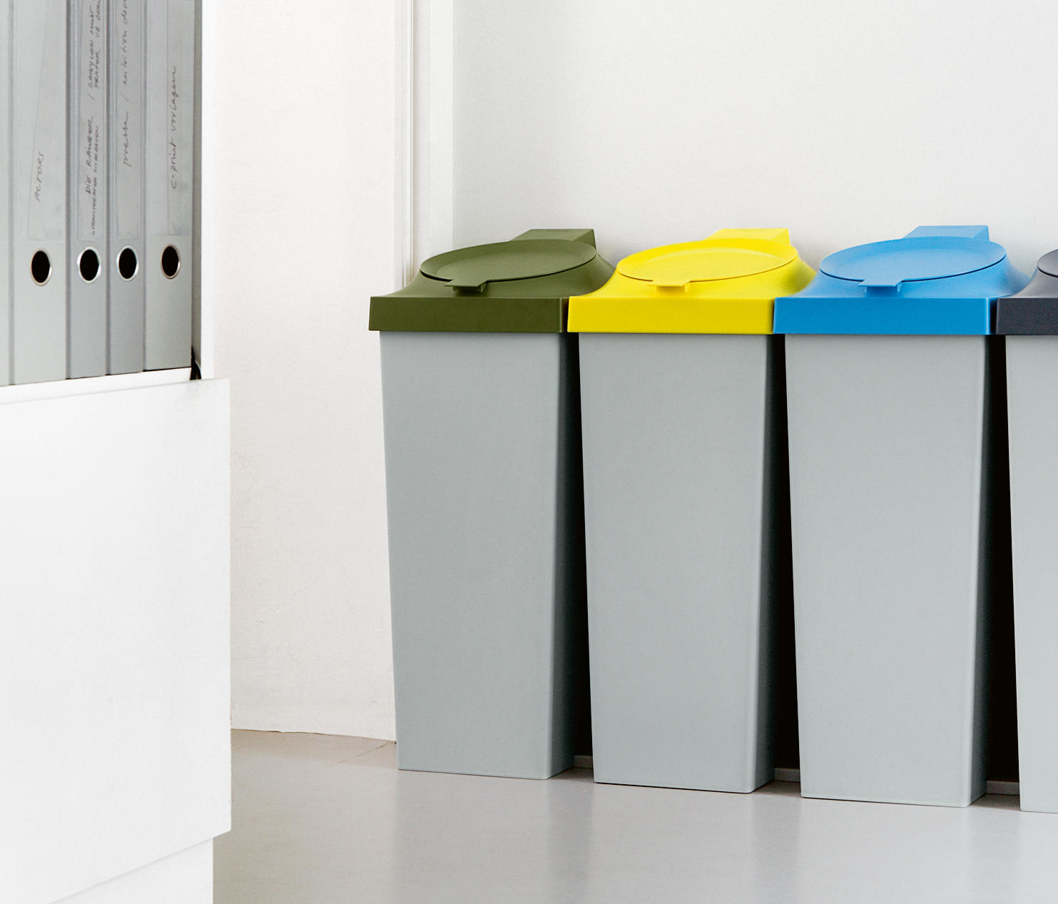 Top Waste Baskets From Authentics Architonic