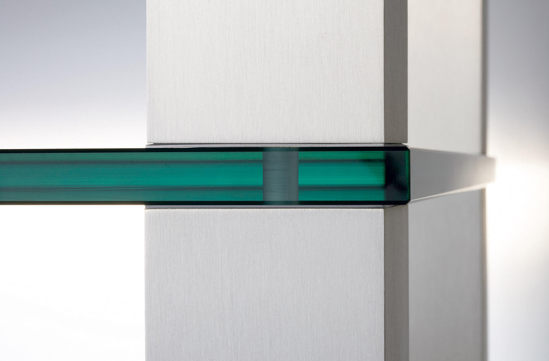 high end supports multim dia de spectral architonic. Black Bedroom Furniture Sets. Home Design Ideas
