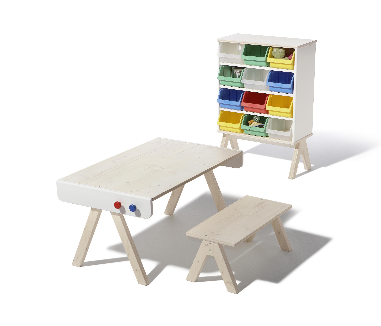 Famille garage shelf children 39 s area from richard for Kommode tisch