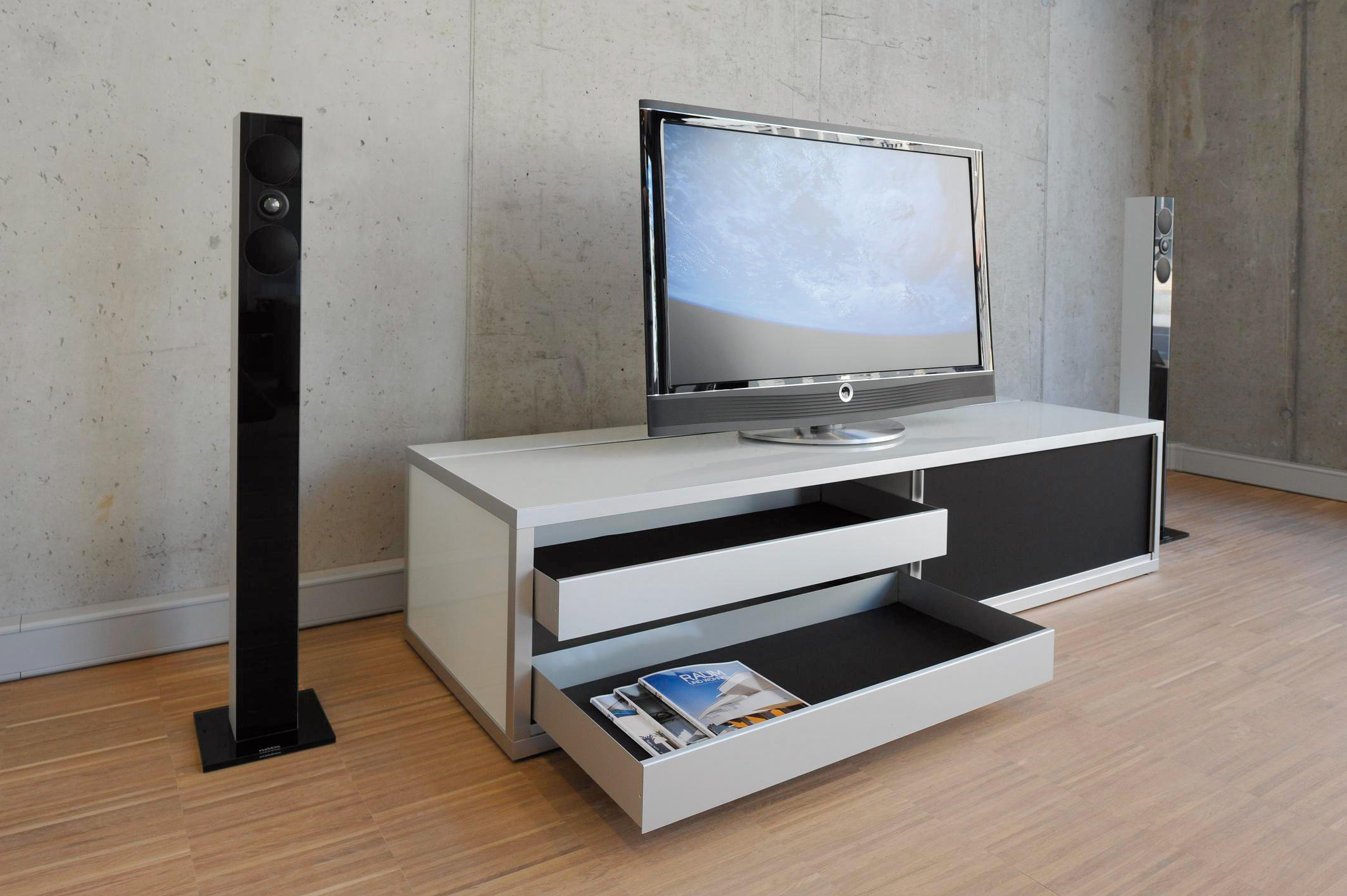 mediam bel multimedia sideboards from cham leon design architonic. Black Bedroom Furniture Sets. Home Design Ideas