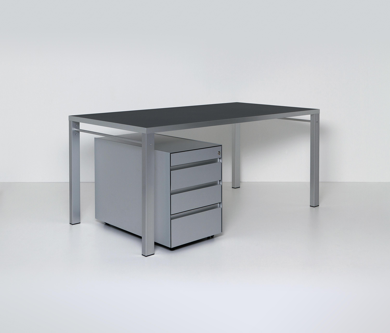 Burokorpus Schranke Von Chamaleon Design Architonic
