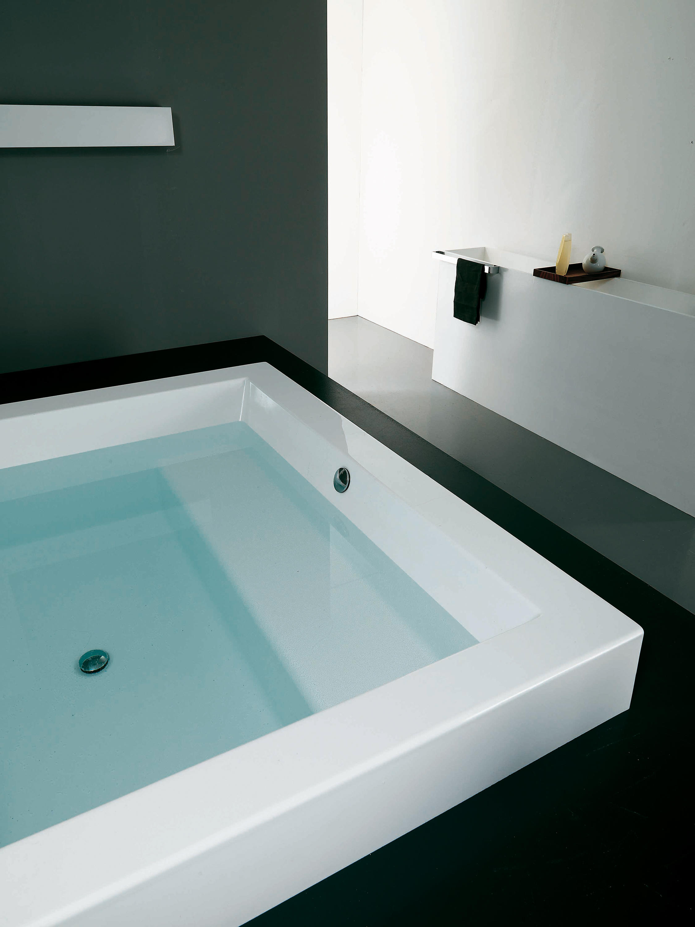 GRANDE FREE STANDING - Free-standing baths from Kos | Architonic