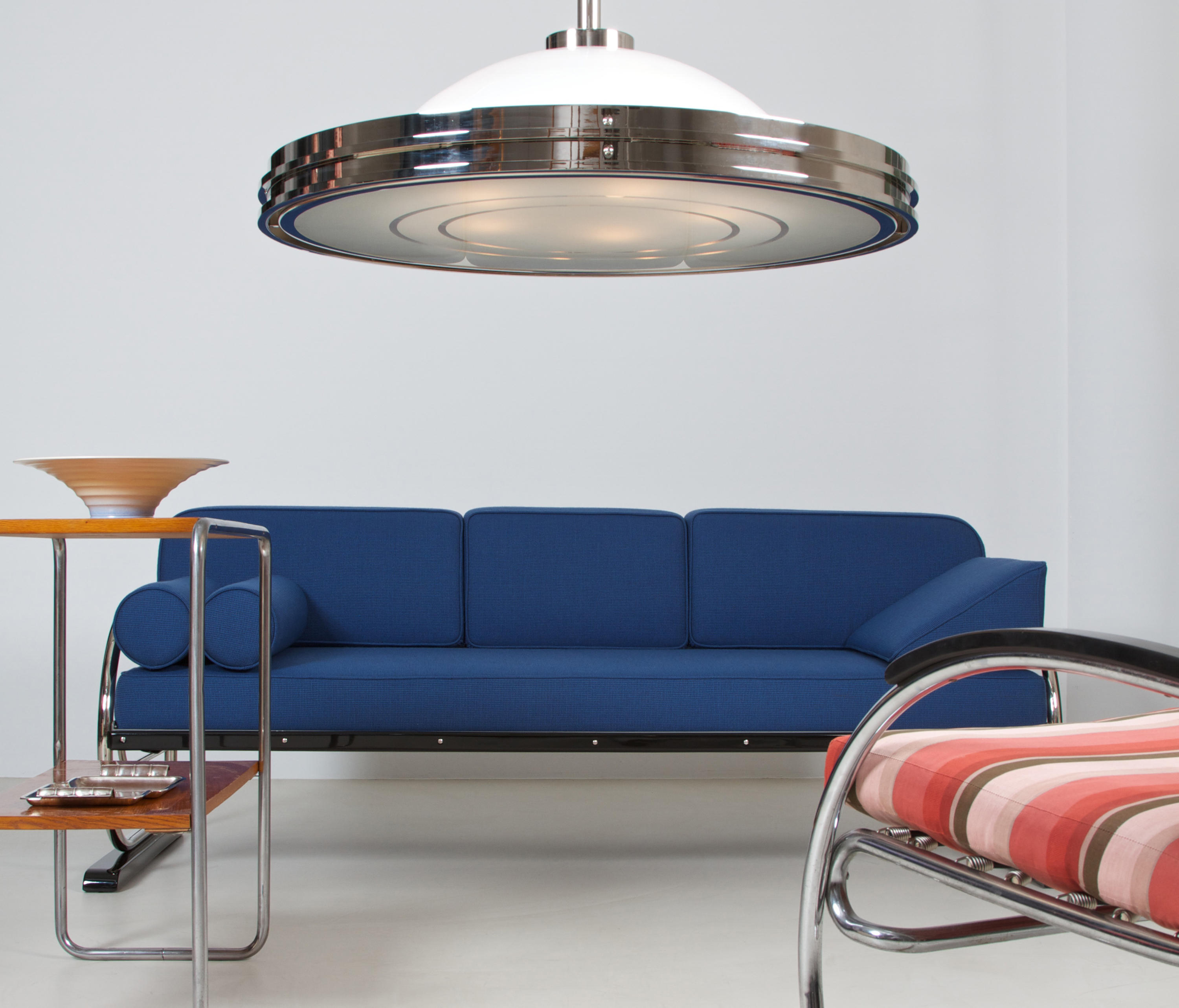 pendant lamp berlin in the style of the bauhaus modernism general lighting from zeitlos. Black Bedroom Furniture Sets. Home Design Ideas