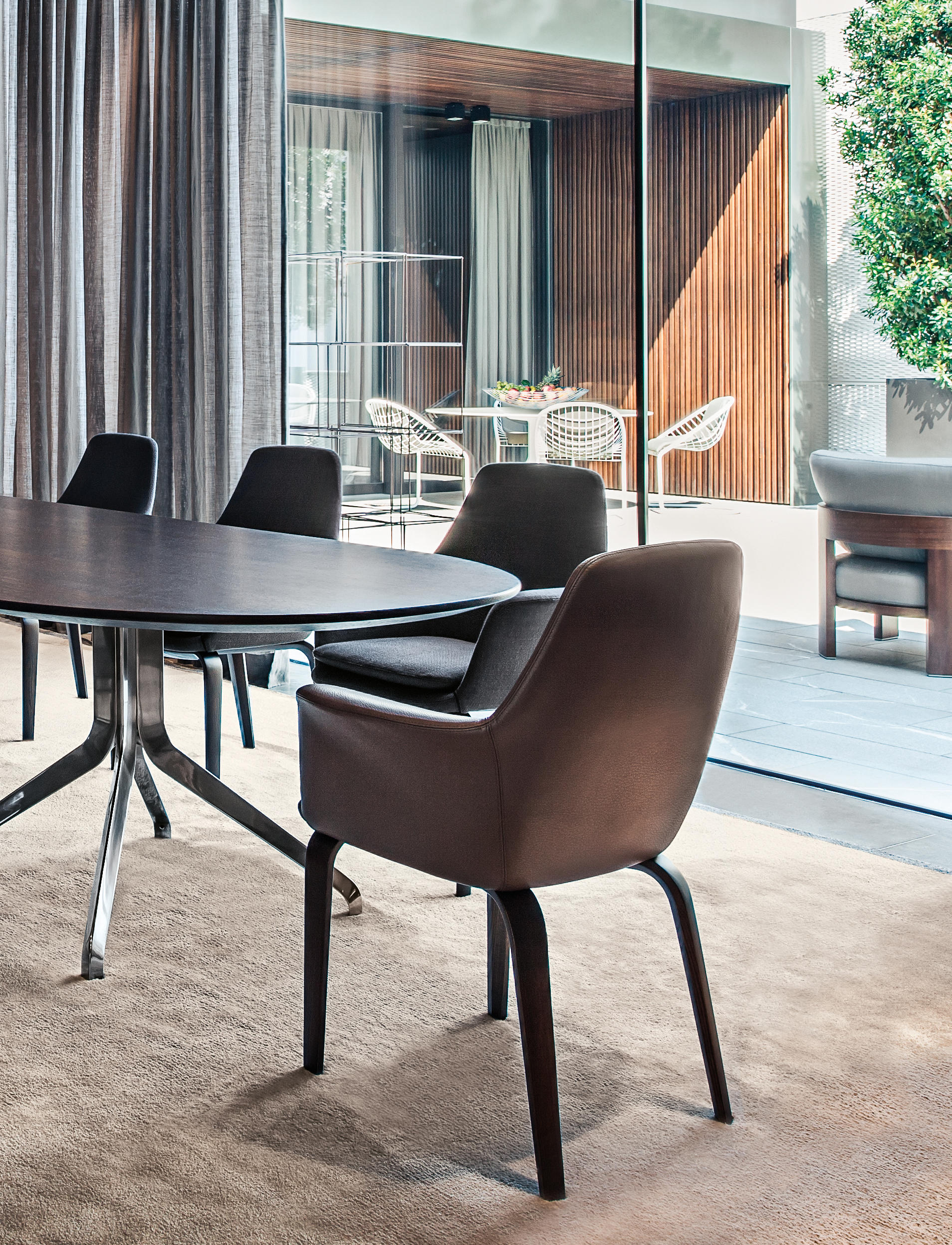 YORK Visitors chairs Side chairs from Minotti