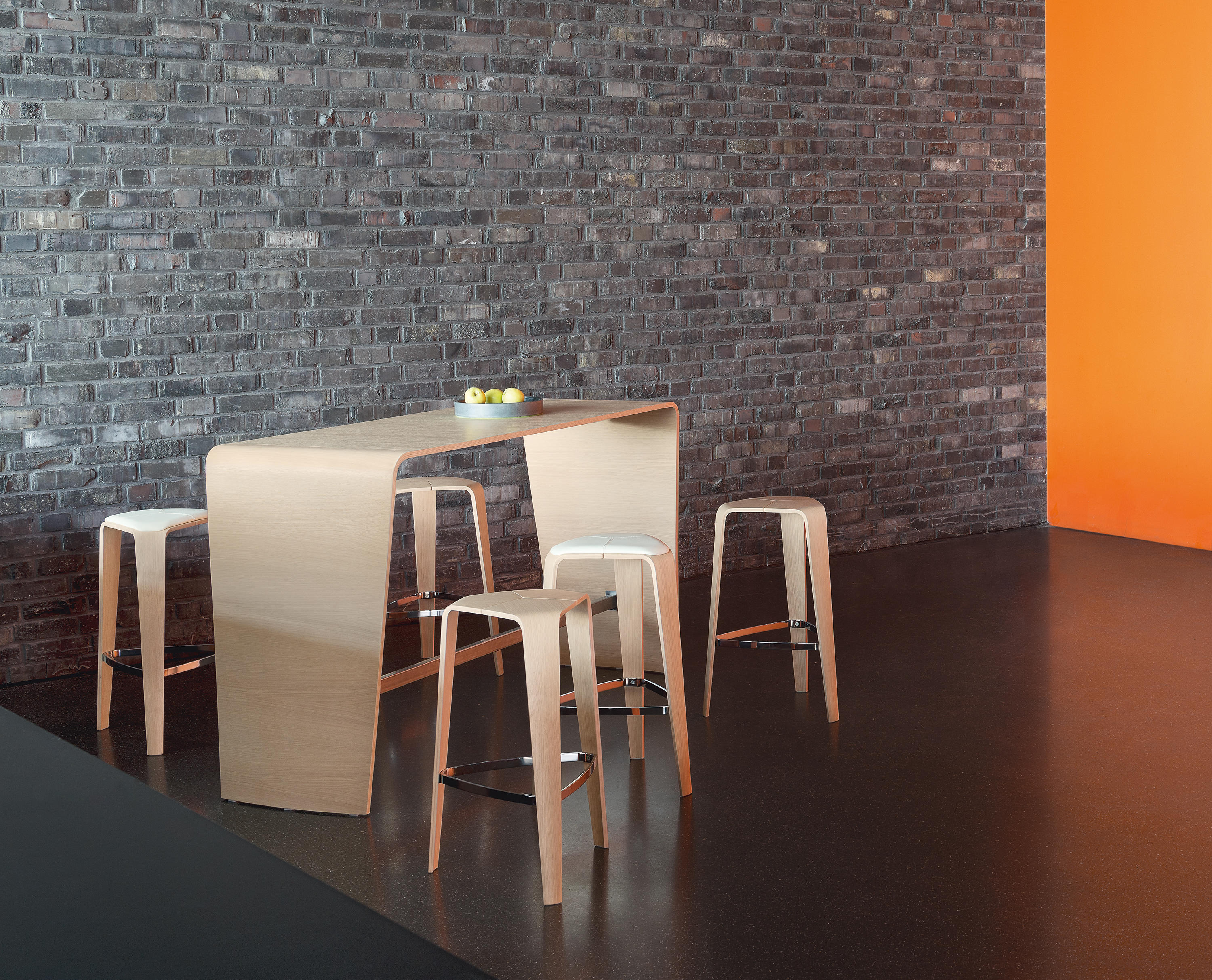 Hoc Standing Tables From Brunner Architonic