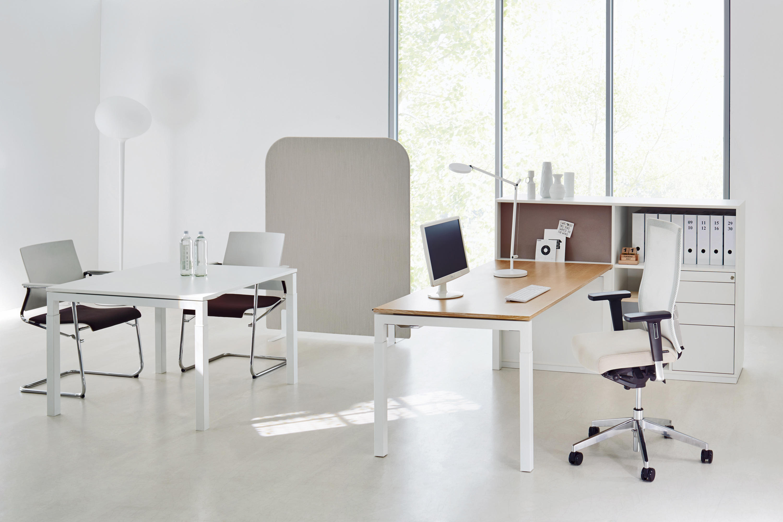u4 series worktable individual desks from ophelis. Black Bedroom Furniture Sets. Home Design Ideas