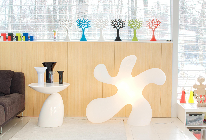 Ghost floor lamp lampade piantana studio eero aarnio architonic