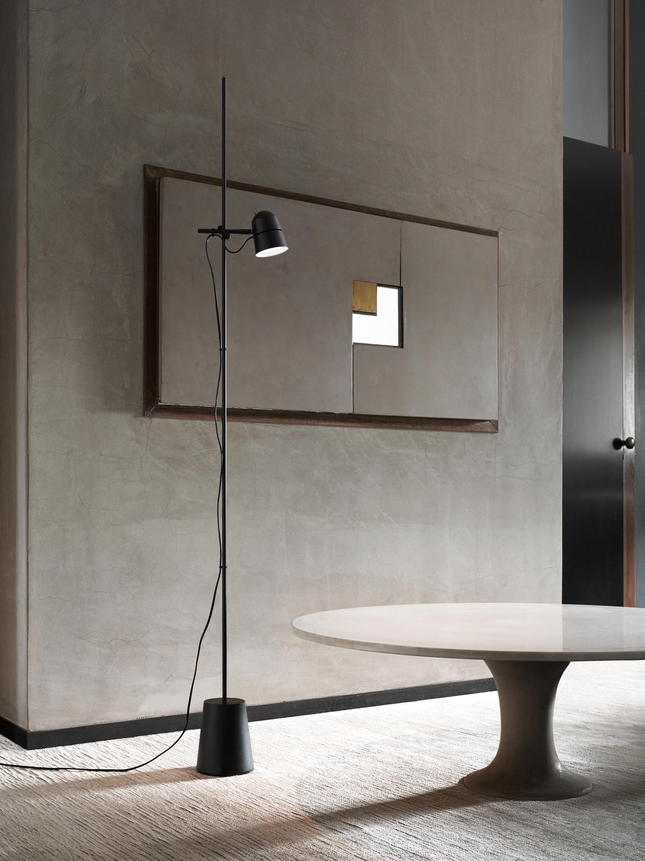 counterbalance wall lights from luceplan architonic. Black Bedroom Furniture Sets. Home Design Ideas