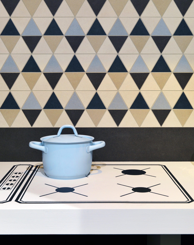 slimtech black stone floor tiles from lea. Black Bedroom Furniture Sets. Home Design Ideas