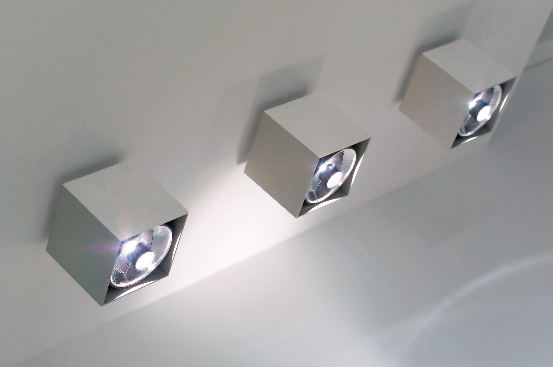 Plafoniere Bagno Da Soffitto Design : Cubo parete lampade omikron design architonic