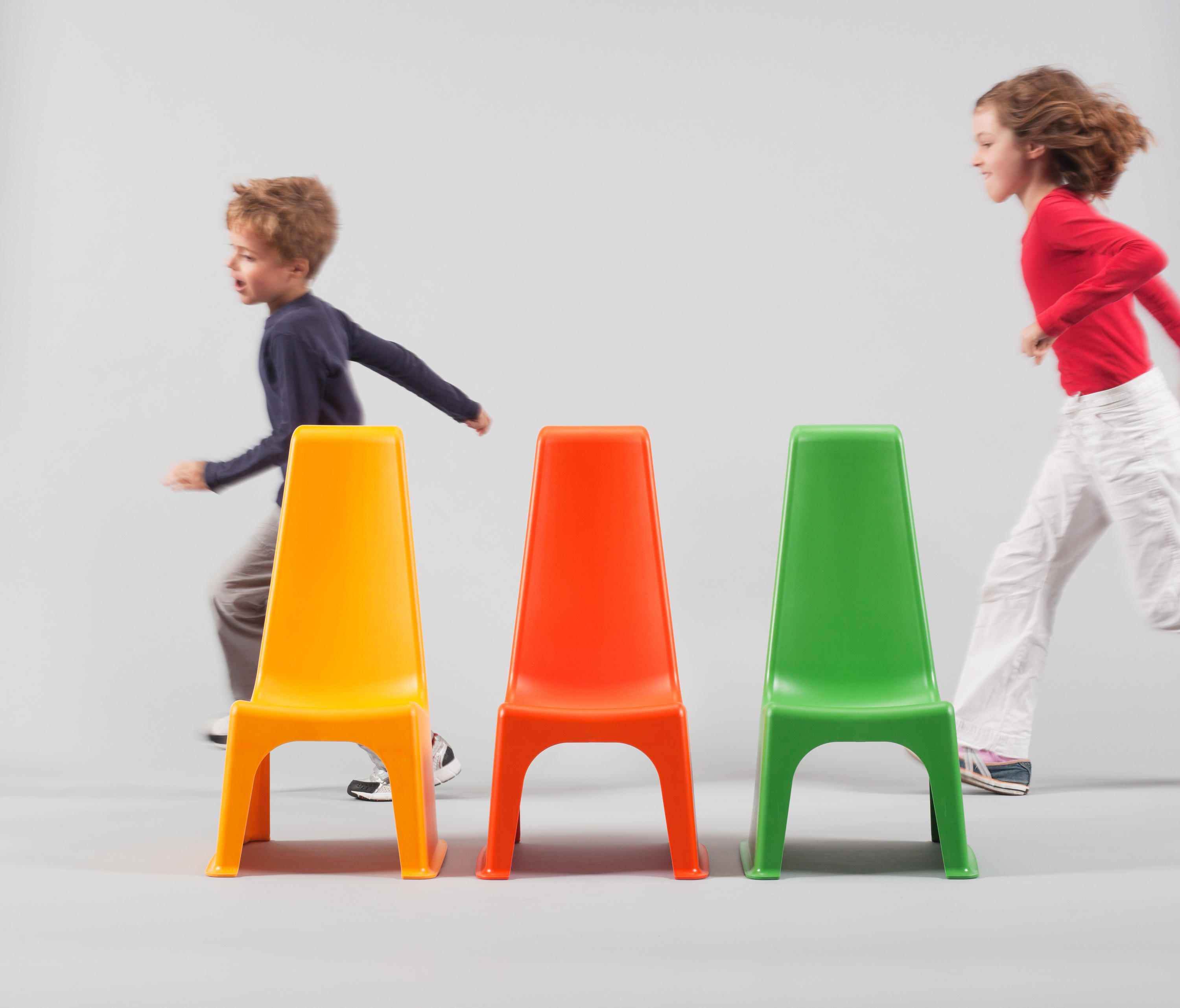 Juni 214 R Child S Chair Kids Chairs From L 214 Ffler Architonic