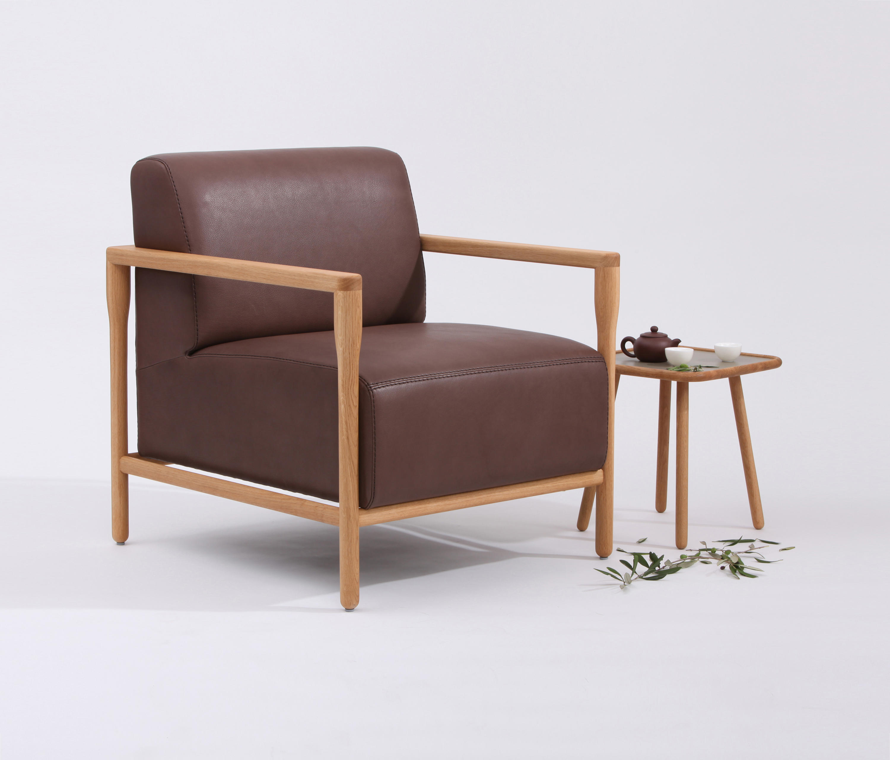 SOFT ARMCHAIR - Armchairs from STILTREU | Architonic