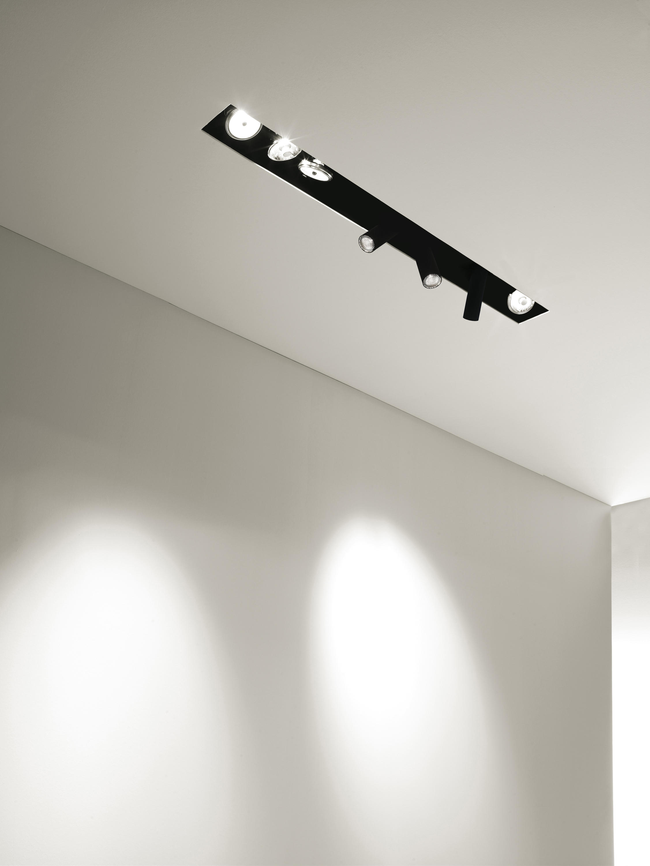 DEEP SYSTEM - Recessed ceiling lights from B.LUX   Architonic