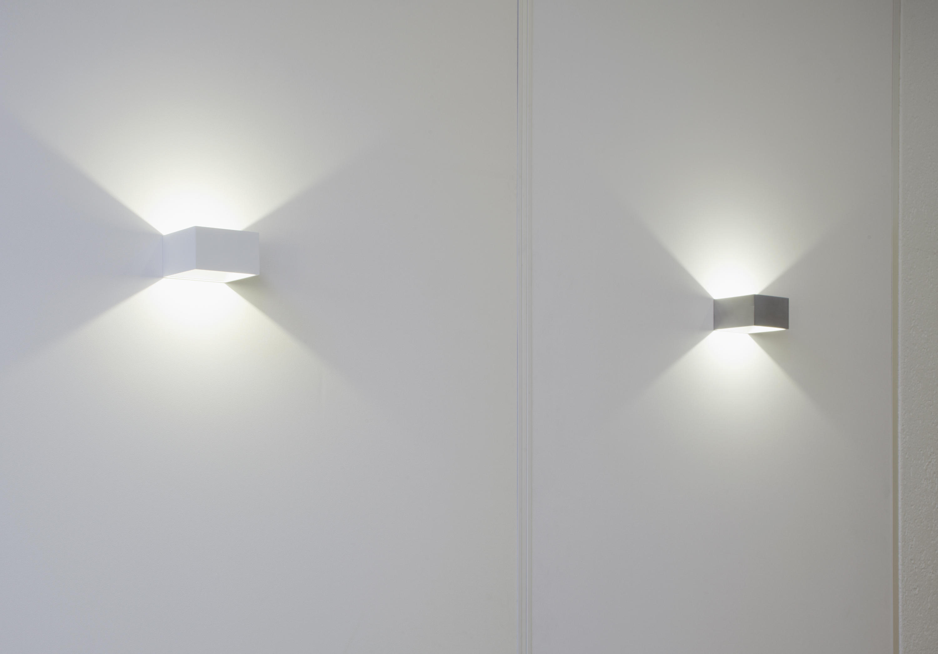 Lim led wall sconce general lighting from unex architonic for Led wandleuchte