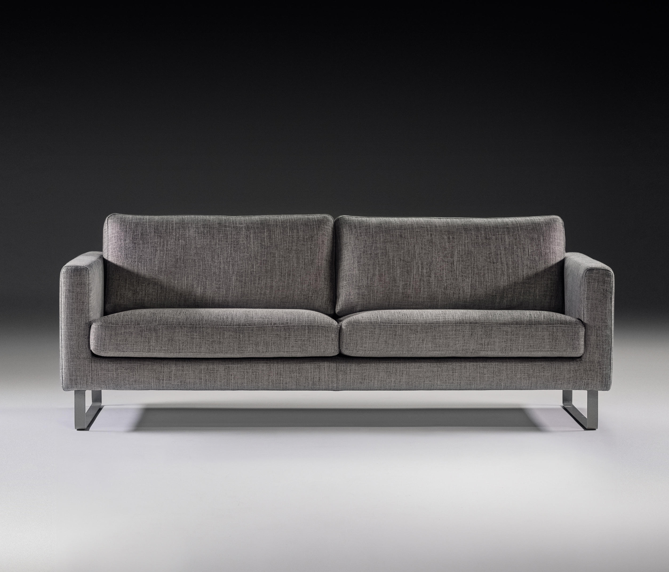 Elegance sofa home decor 88 for Prostoria divani