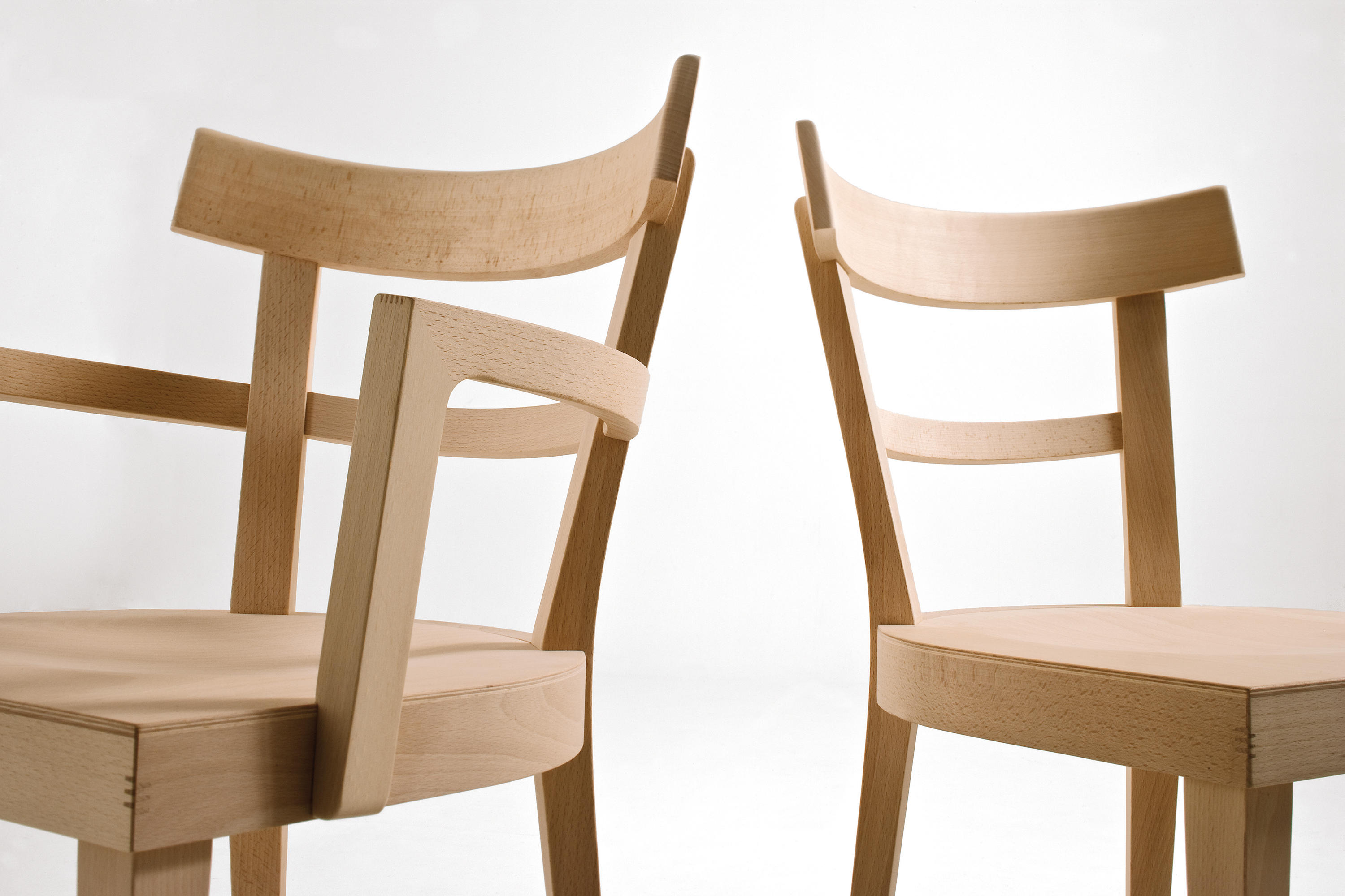 Caf chair with armrests classroom school chairs from for Holzstuhl modern