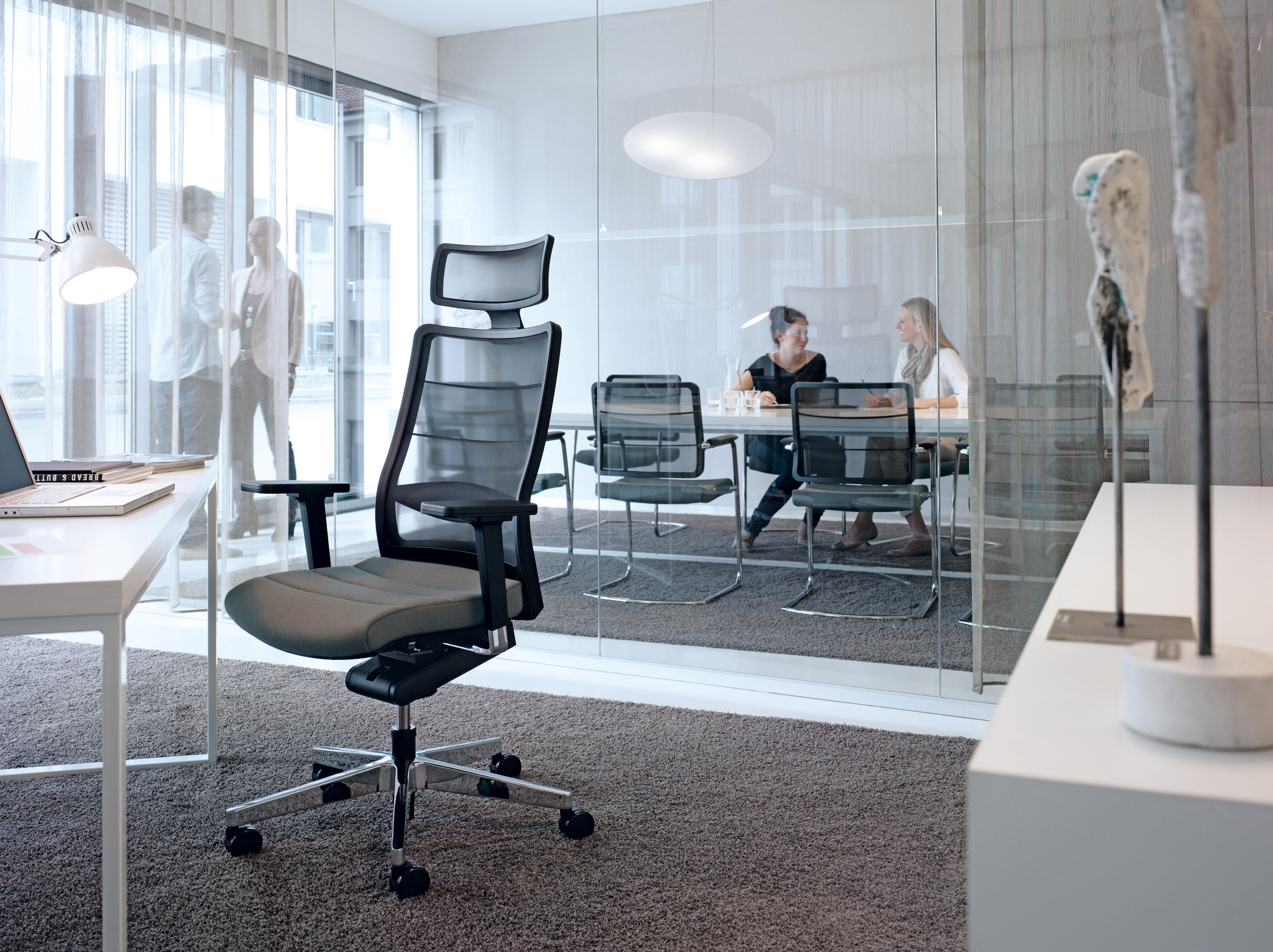 airpad 3c42 task chairs from interstuhl b rom bel gmbh co kg architonic. Black Bedroom Furniture Sets. Home Design Ideas