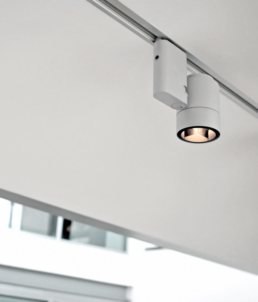 pure 1 spot ceiling cdm tm ceiling lights from flos architonic