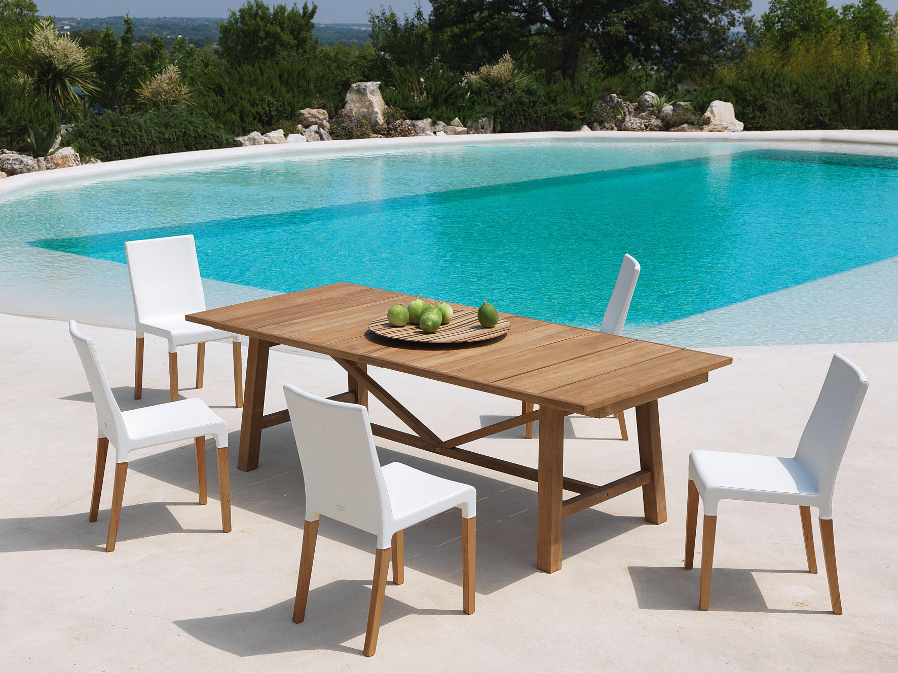 Antibes table dining tables from unopi architonic for Table exterieur unopiu